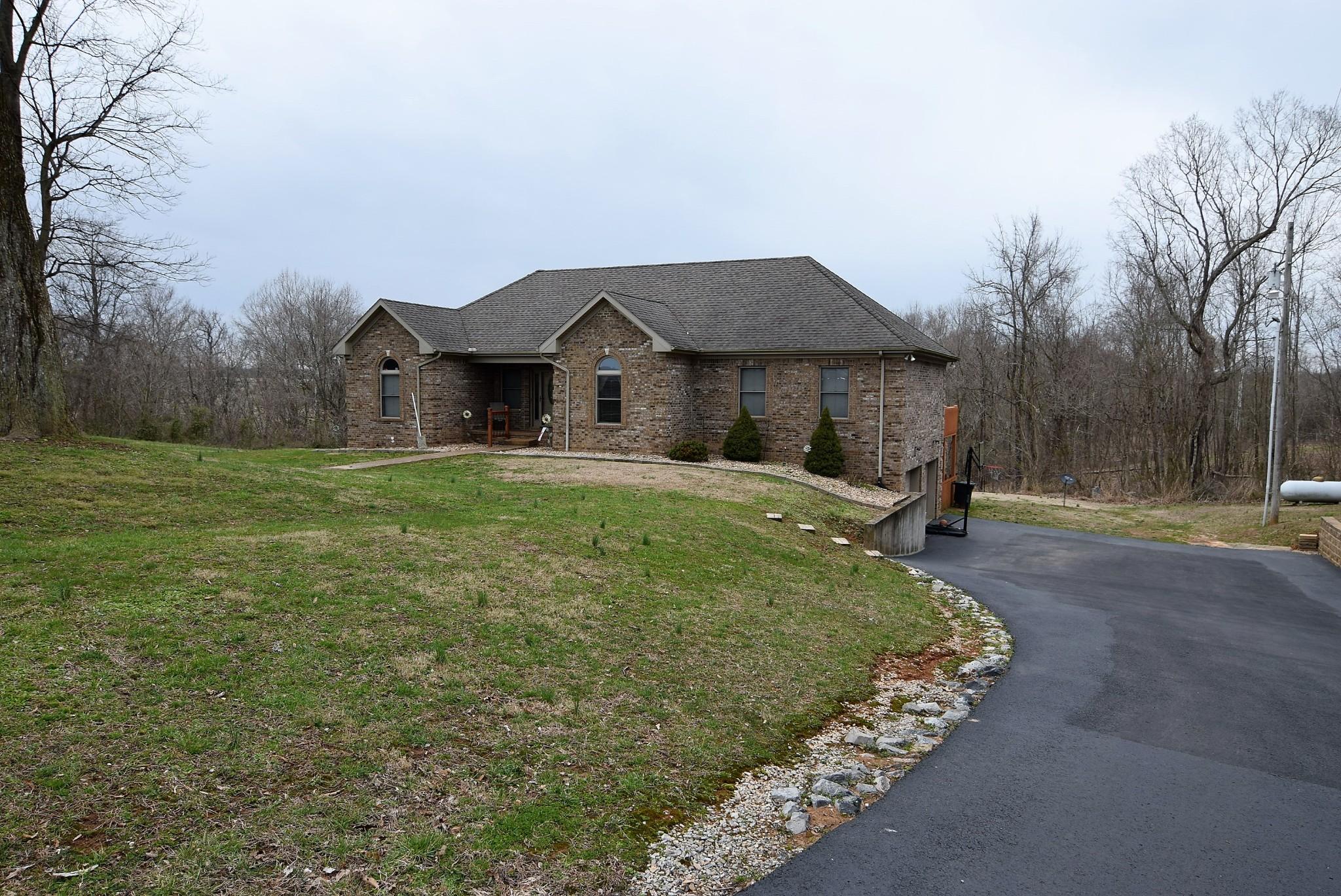 Gracey Real Estate Listings Main Image