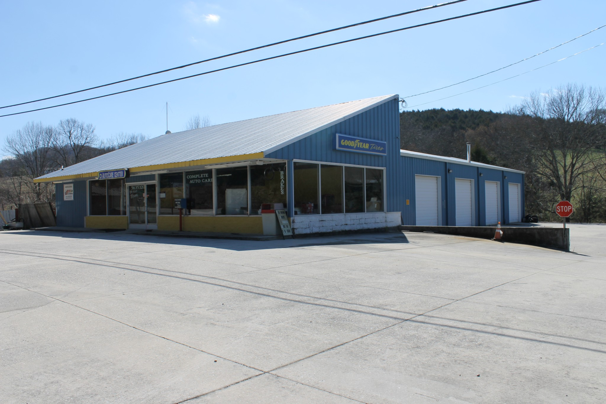 1192 S McCrary St Property Photo - Woodbury, TN real estate listing