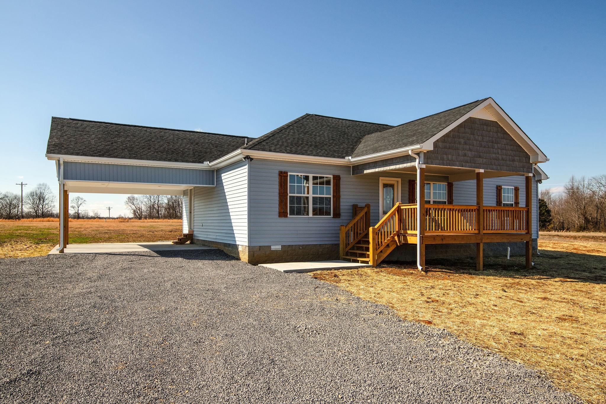 454 Alton Hill Road Property Photo - Lafayette, TN real estate listing