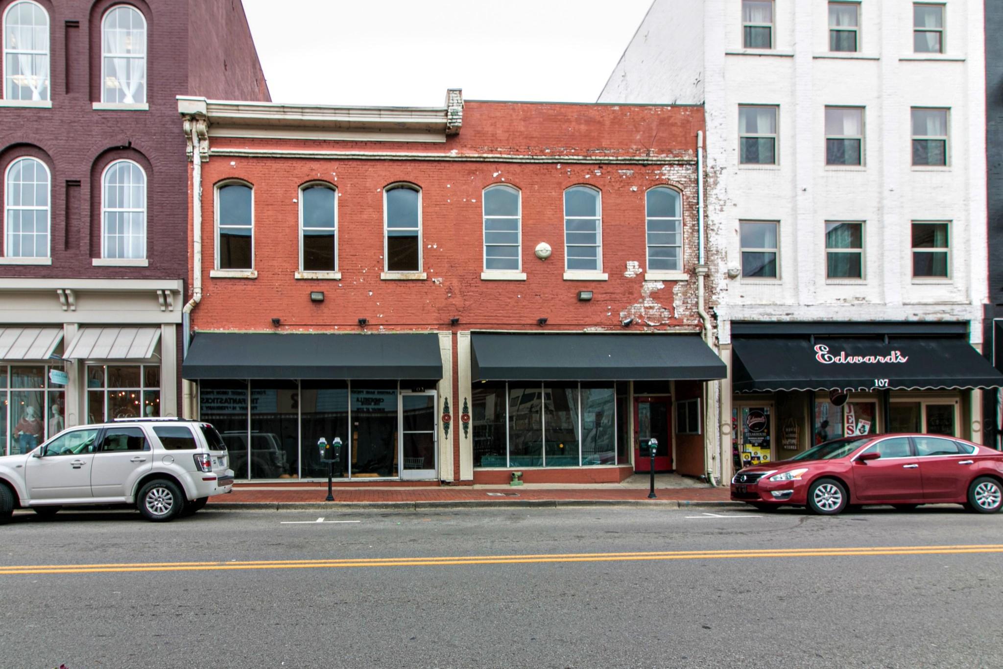 103 Franklin St Property Photo