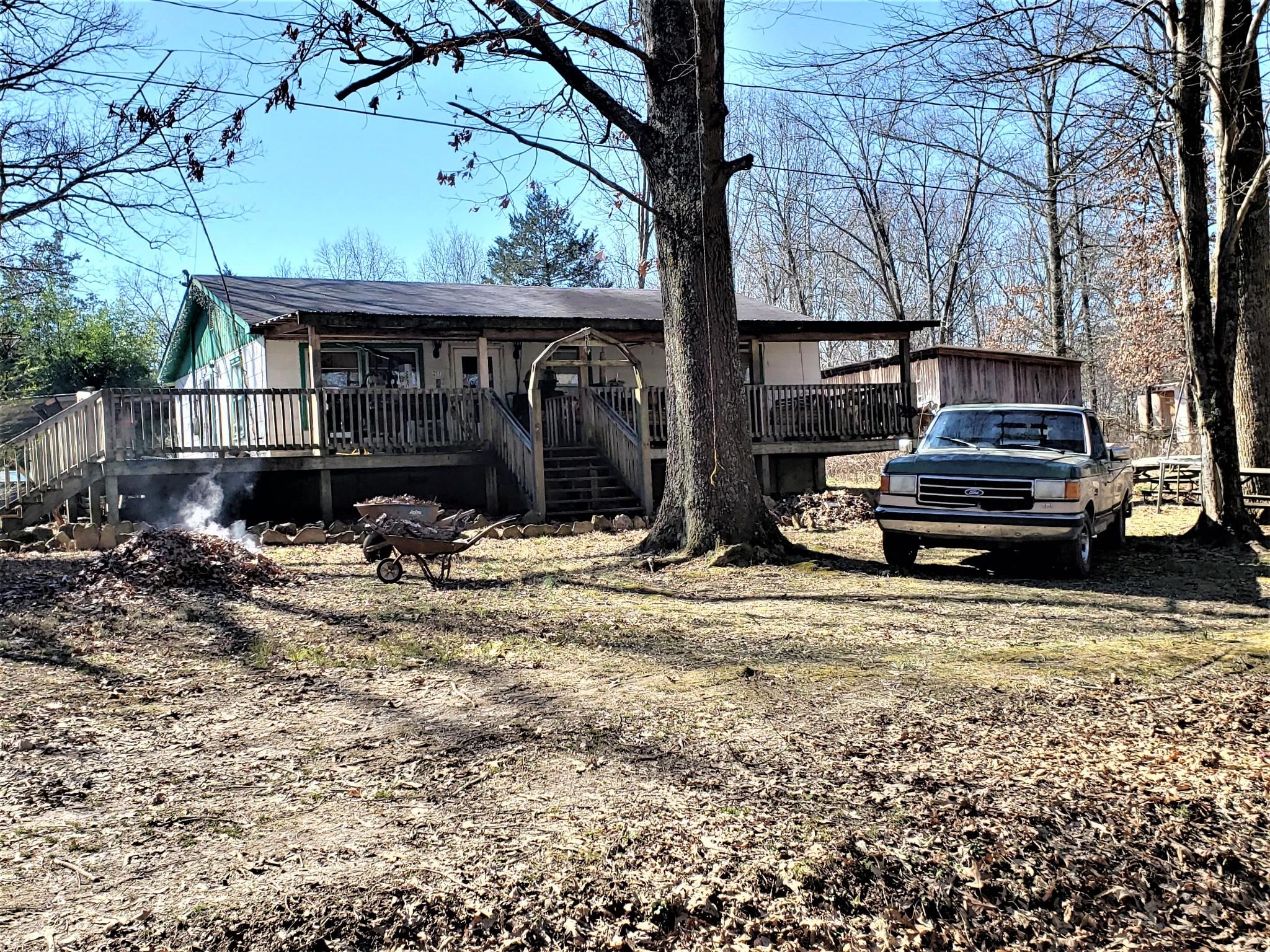 211 Carter Ridge Rd Property Photo - Westmoreland, TN real estate listing