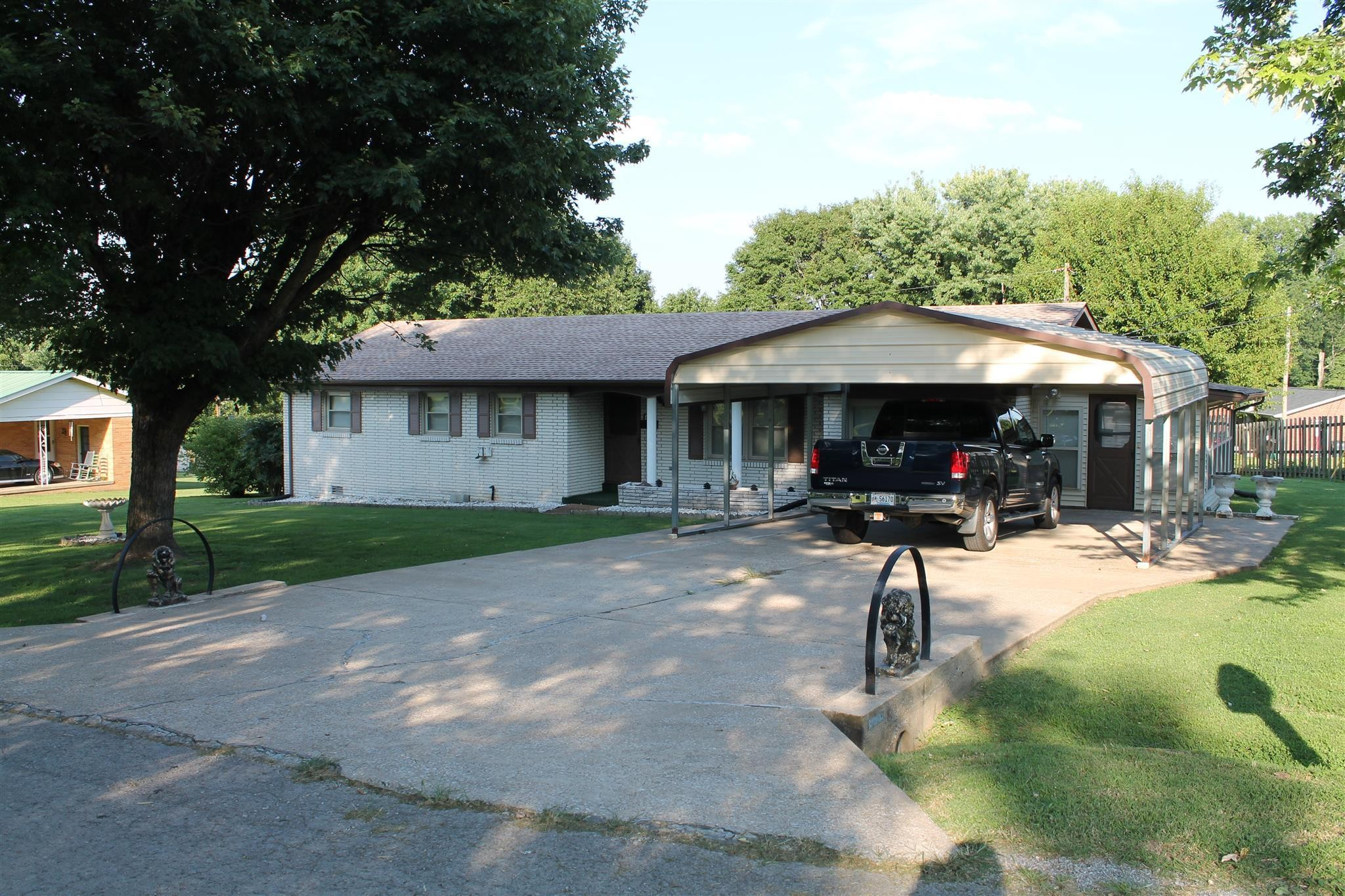 414 Birdwell DR, Red Boiling Springs, TN 37150 - Red Boiling Springs, TN real estate listing