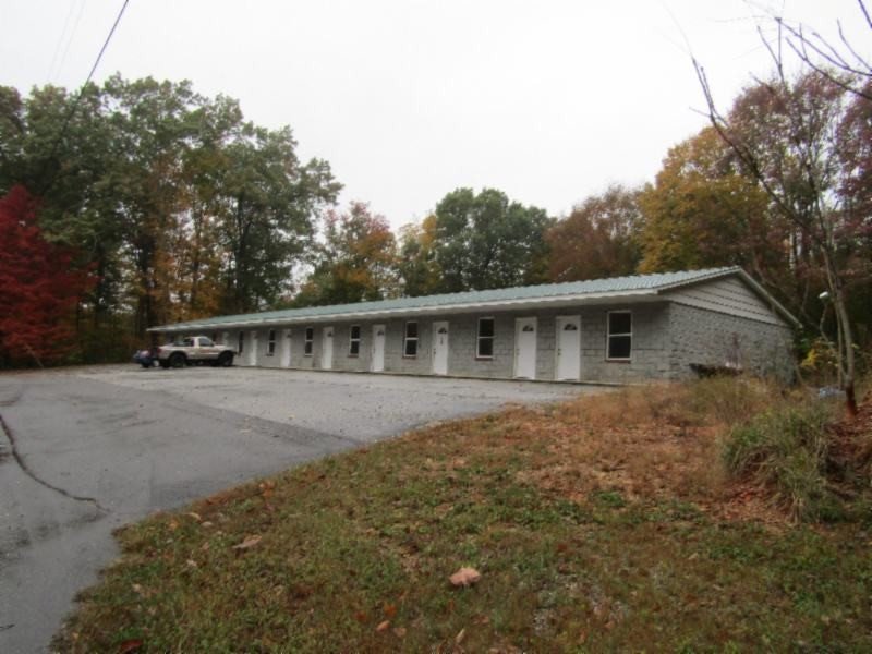 909 Standing Stone Park Hwy Property Photo - Hilham, TN real estate listing