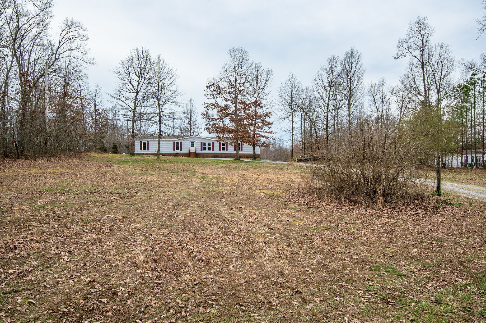 9797 Pinewood Lake Dr, Nunnelly, TN 37137 - Nunnelly, TN real estate listing