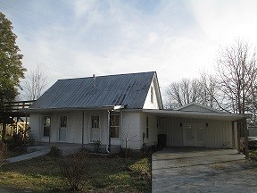 104 Walton AVE Property Photo