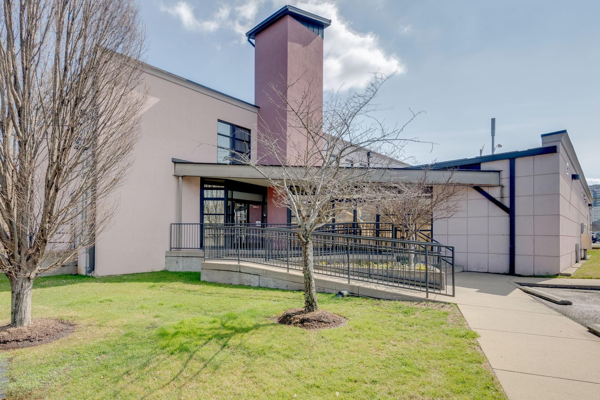 1718 Charlotte Ave Property Photo - Nashville, TN real estate listing