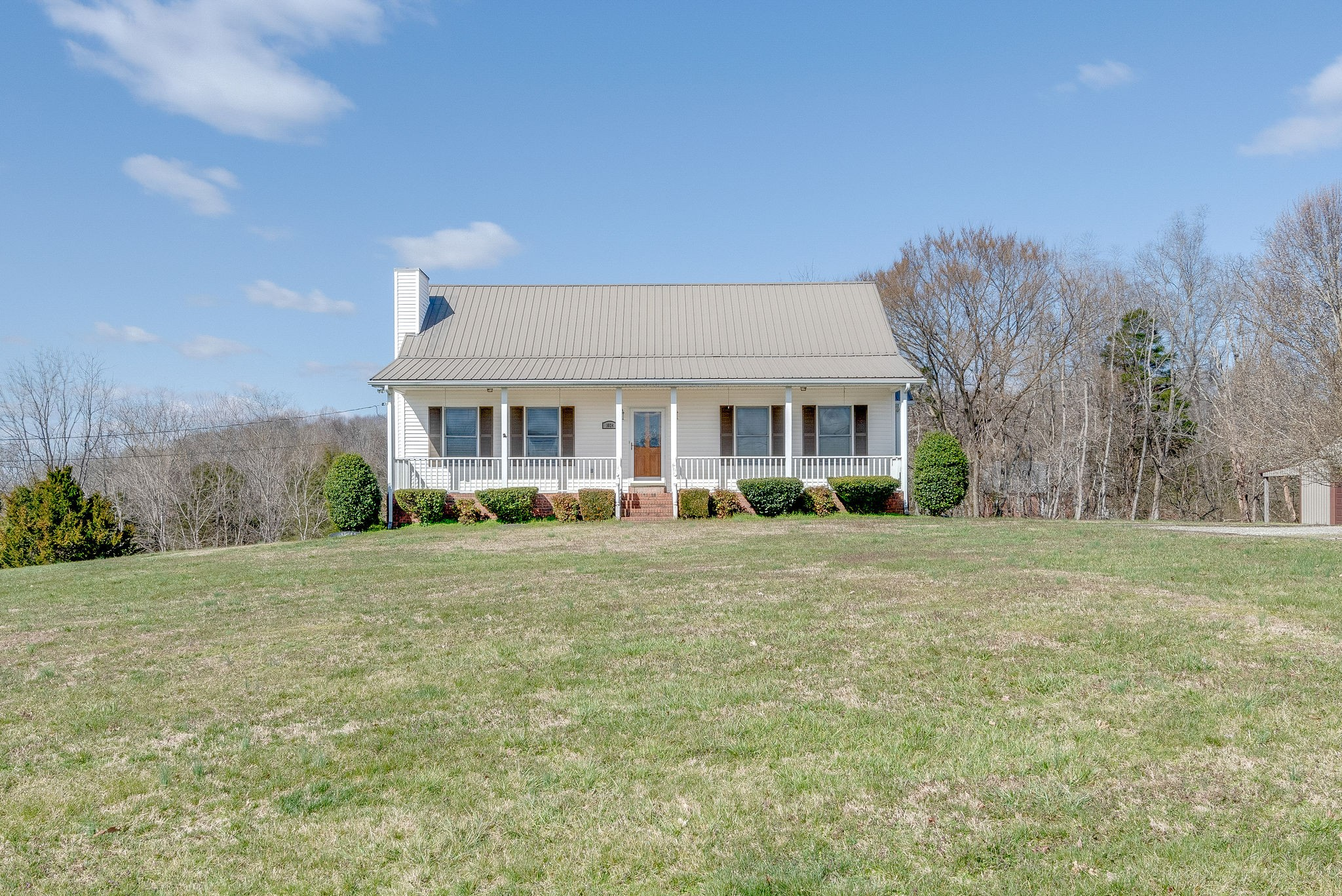 1024 E Piney Rd, Dickson, TN 37055 - Dickson, TN real estate listing