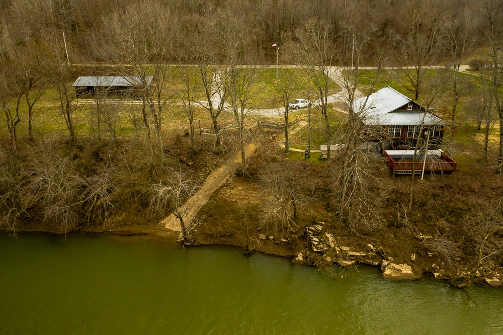 4039 Maxwell Dr, Centerville, TN 37033 - Centerville, TN real estate listing