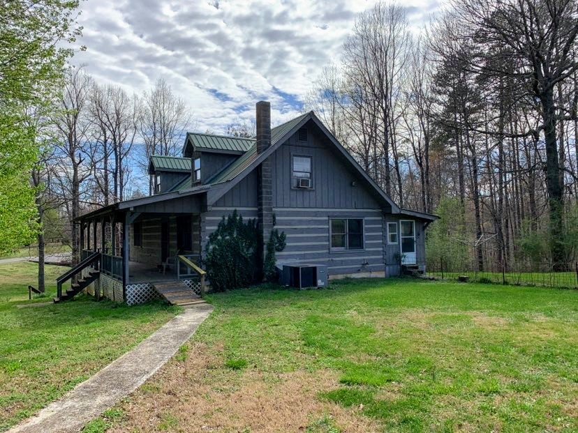 843 Pine Orchard Rd Property Photo - Smithville, TN real estate listing
