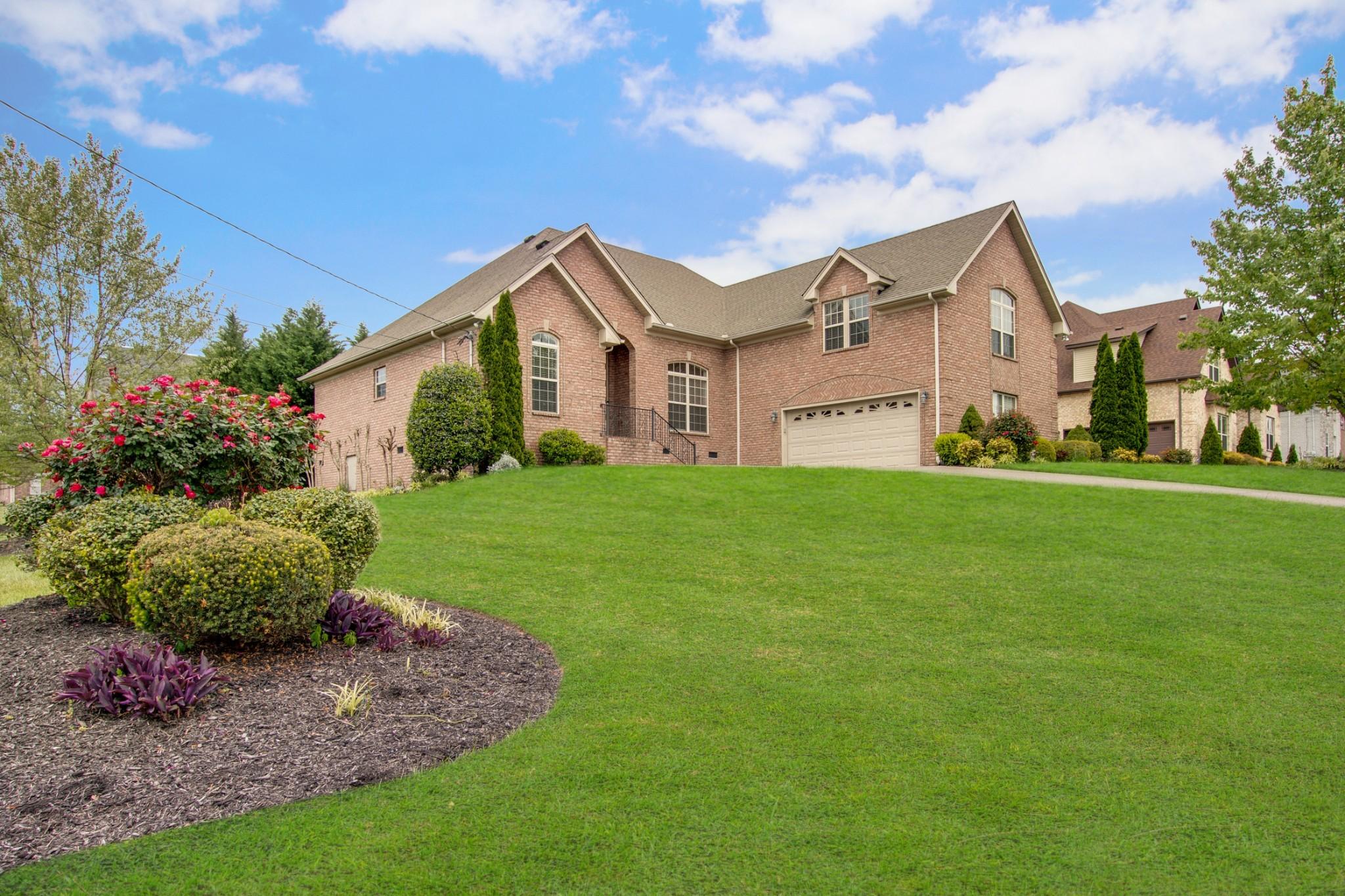 1001 Lily Ann Ct, LA VERGNE, TN 37086 - LA VERGNE, TN real estate listing