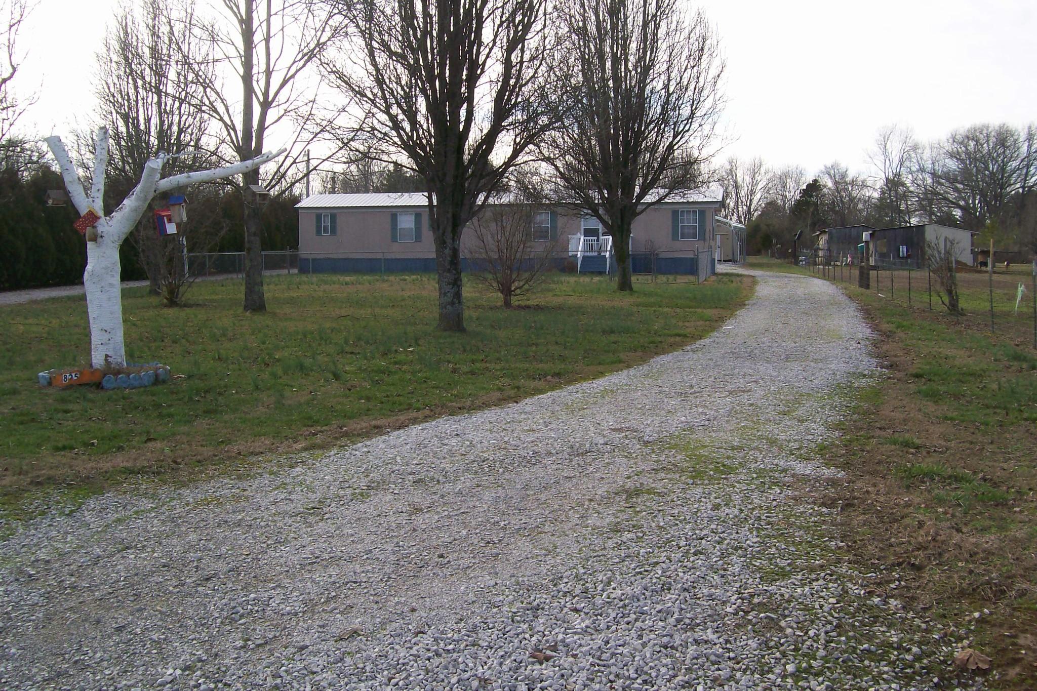 825 Francis Ferry Rd, Mc Minnville, TN 37110 - Mc Minnville, TN real estate listing