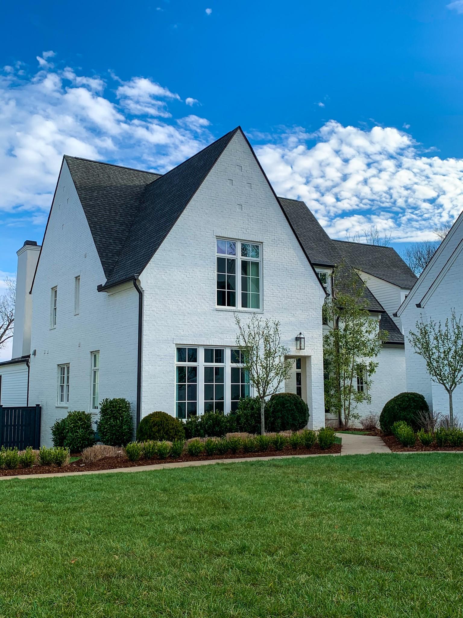 956 Battery Ln, Nashville, TN 37220 - Nashville, TN real estate listing