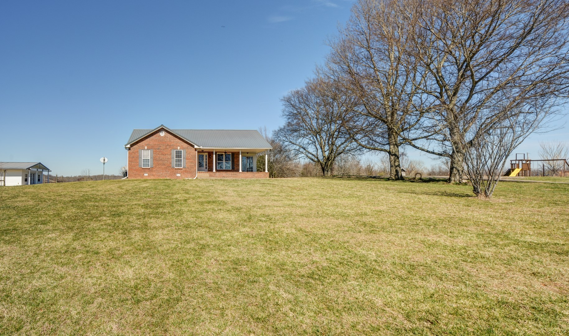 1575 Charlie Rd, Southside, TN 37171 - Southside, TN real estate listing