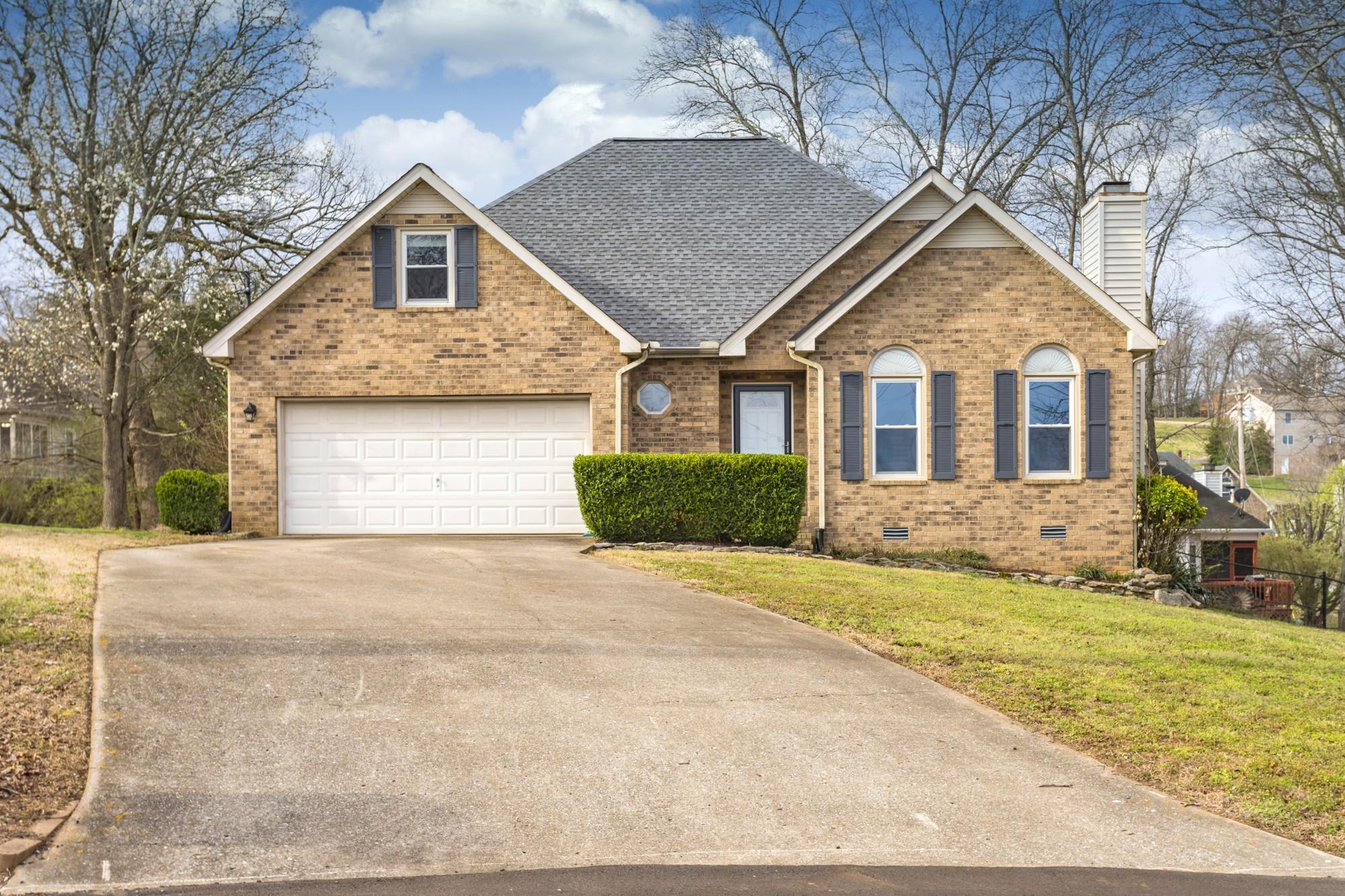 37167 Real Estate Listings Main Image
