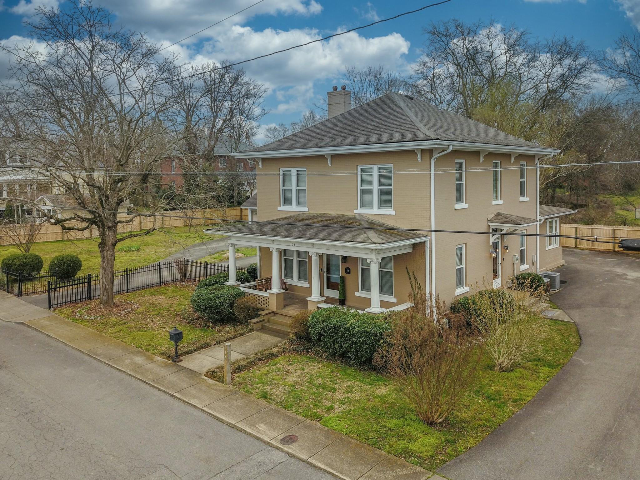 104 3rd Ave , W, Springfield, TN 37172 - Springfield, TN real estate listing
