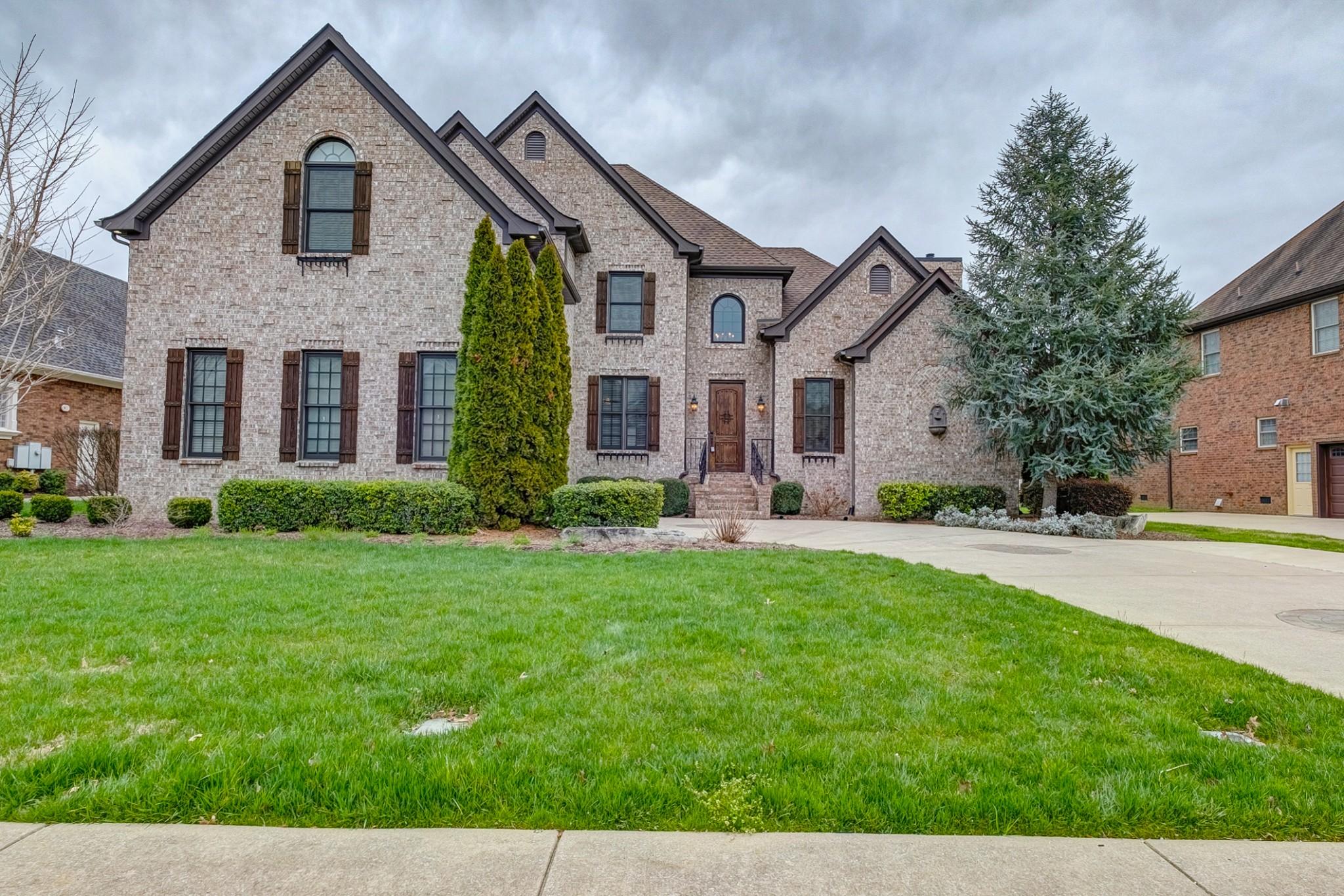 2710 Crowne Pointe Dr, Murfreesboro, TN 37130 - Murfreesboro, TN real estate listing
