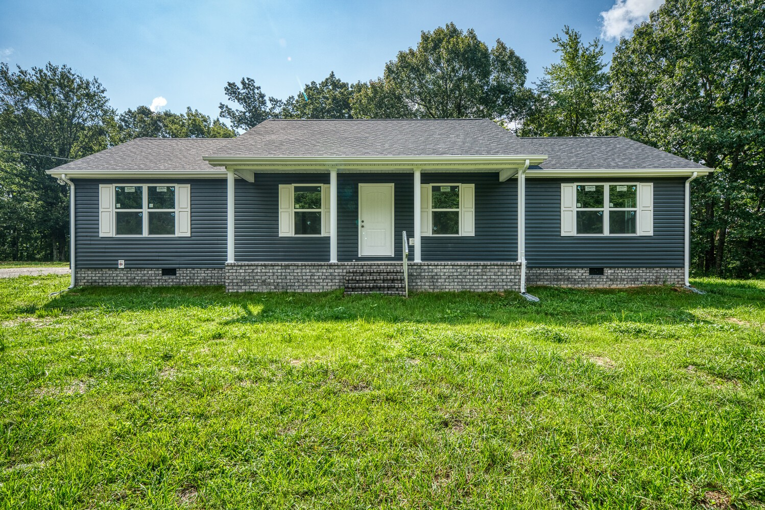 391 Talpha Dr Property Photo - Dowelltown, TN real estate listing