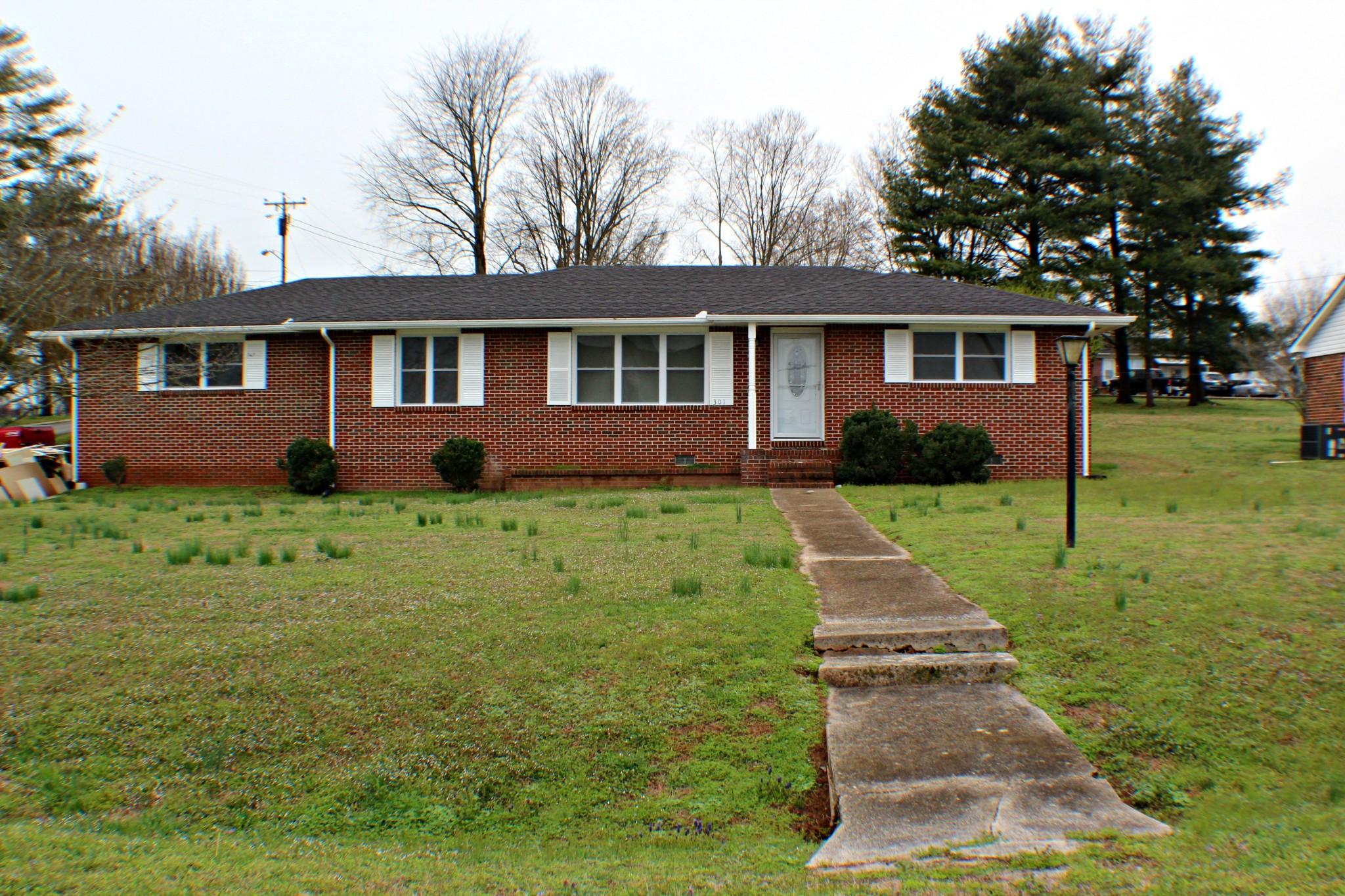 301N 2nd Ave, N, Decherd, TN 37324 - Decherd, TN real estate listing