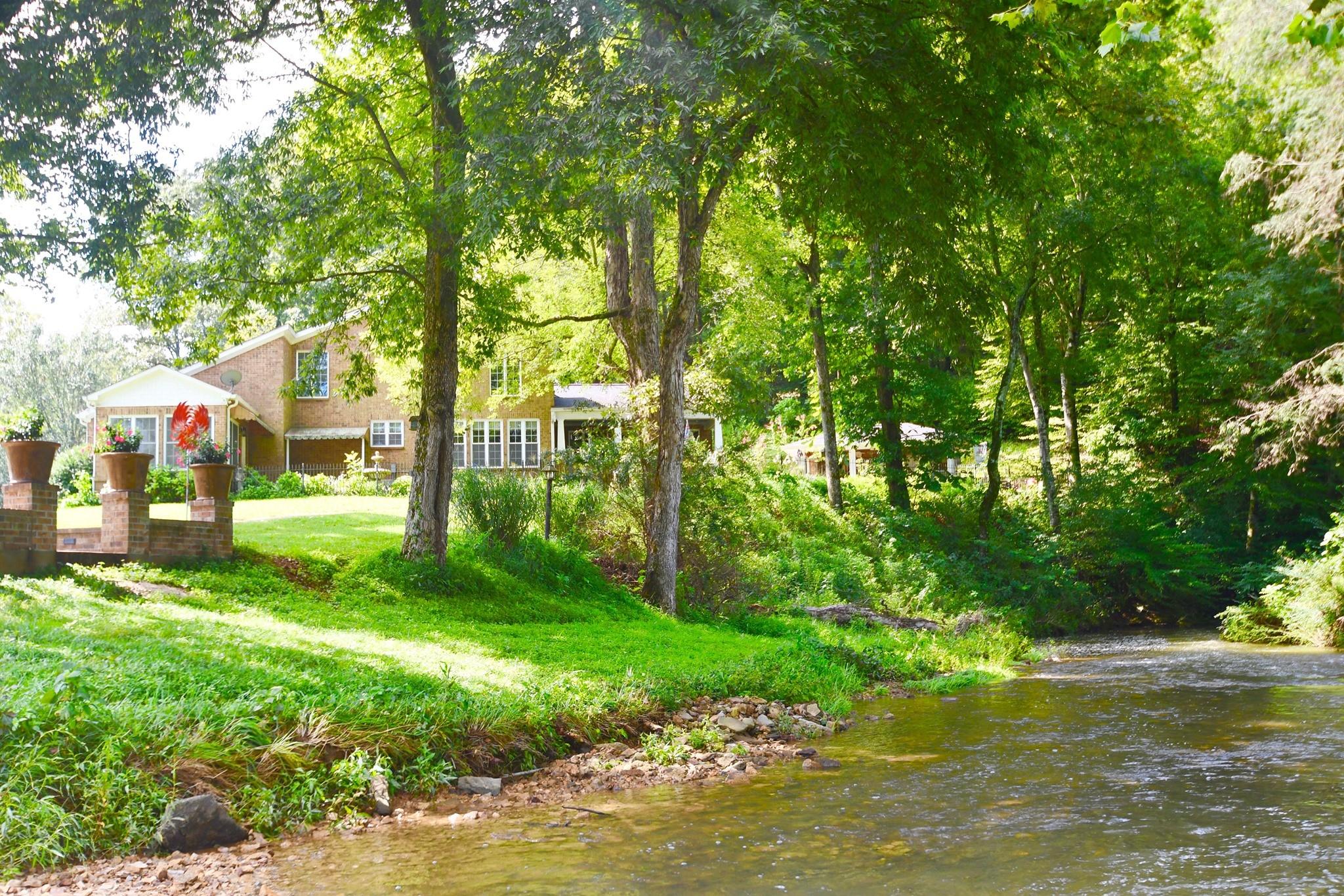 Loretto Real Estate Listings Main Image