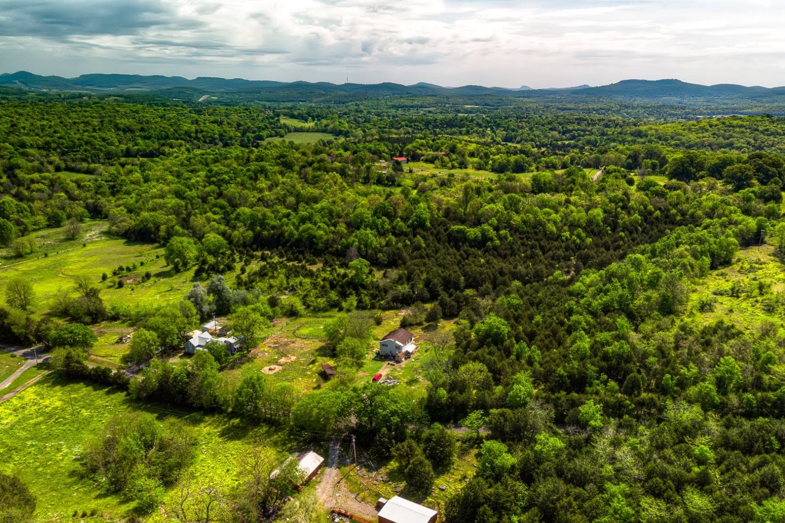 1671 Bell Road Property Photo - Watertown, TN real estate listing