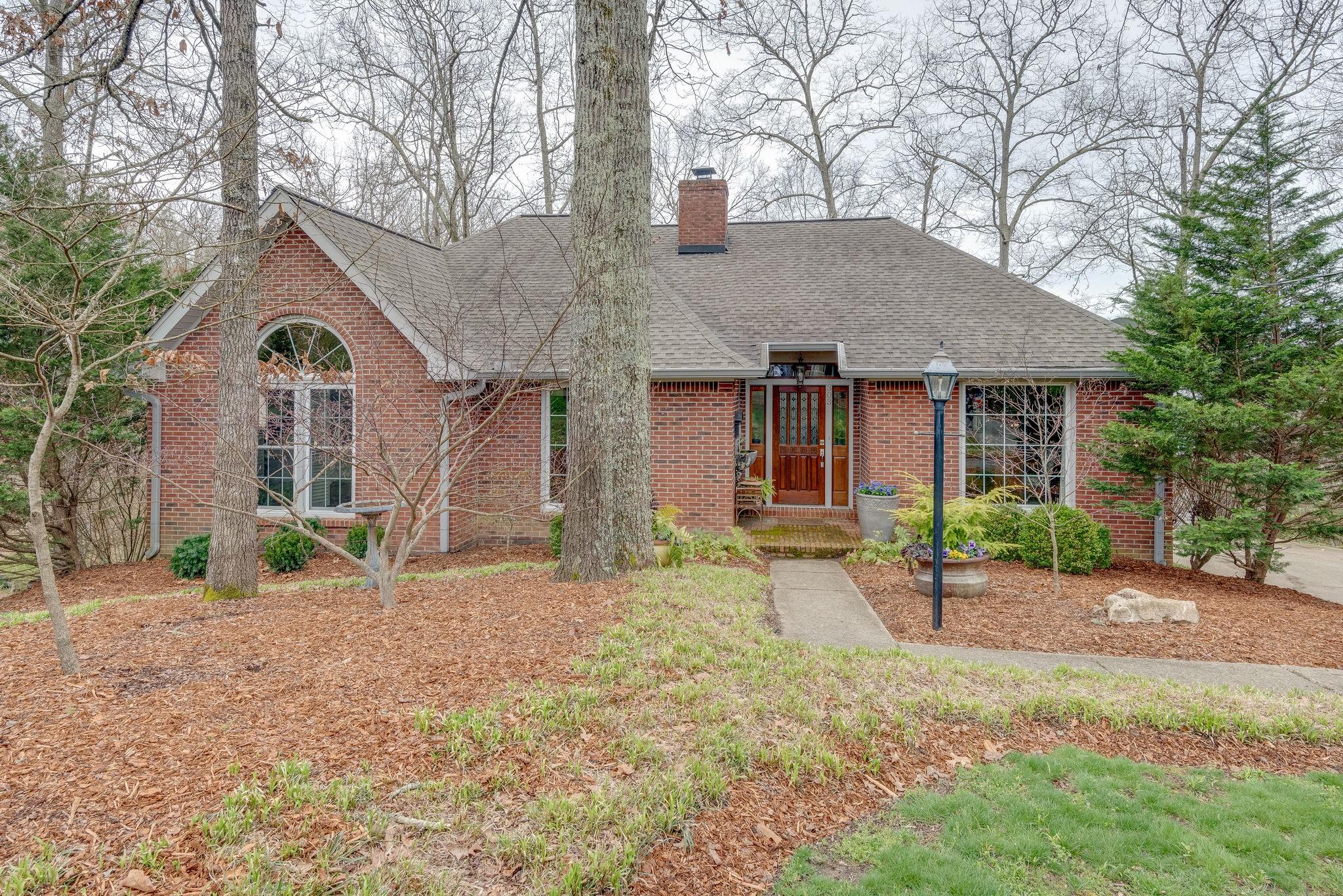 303 Woodlands Dr, Kingston Springs, TN 37082 - Kingston Springs, TN real estate listing