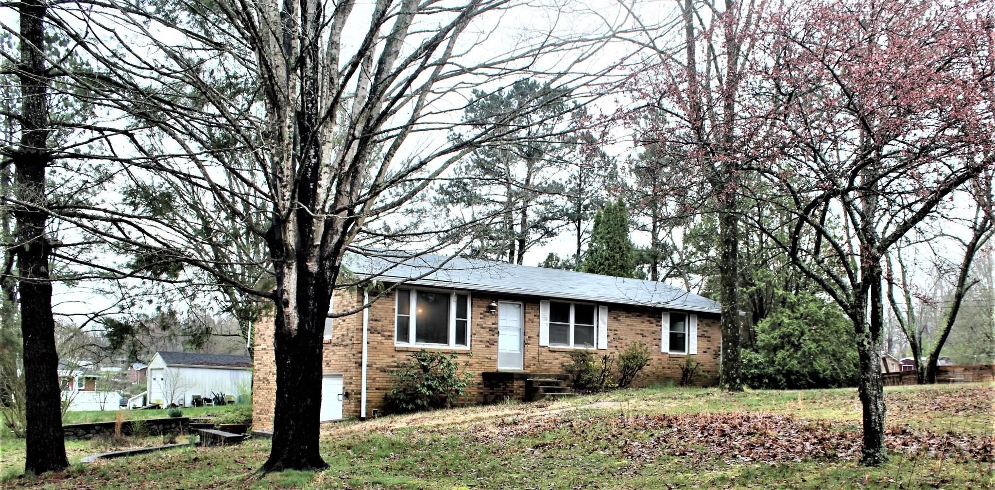 1167 Windsor Cir Property Photo - Lyles, TN real estate listing