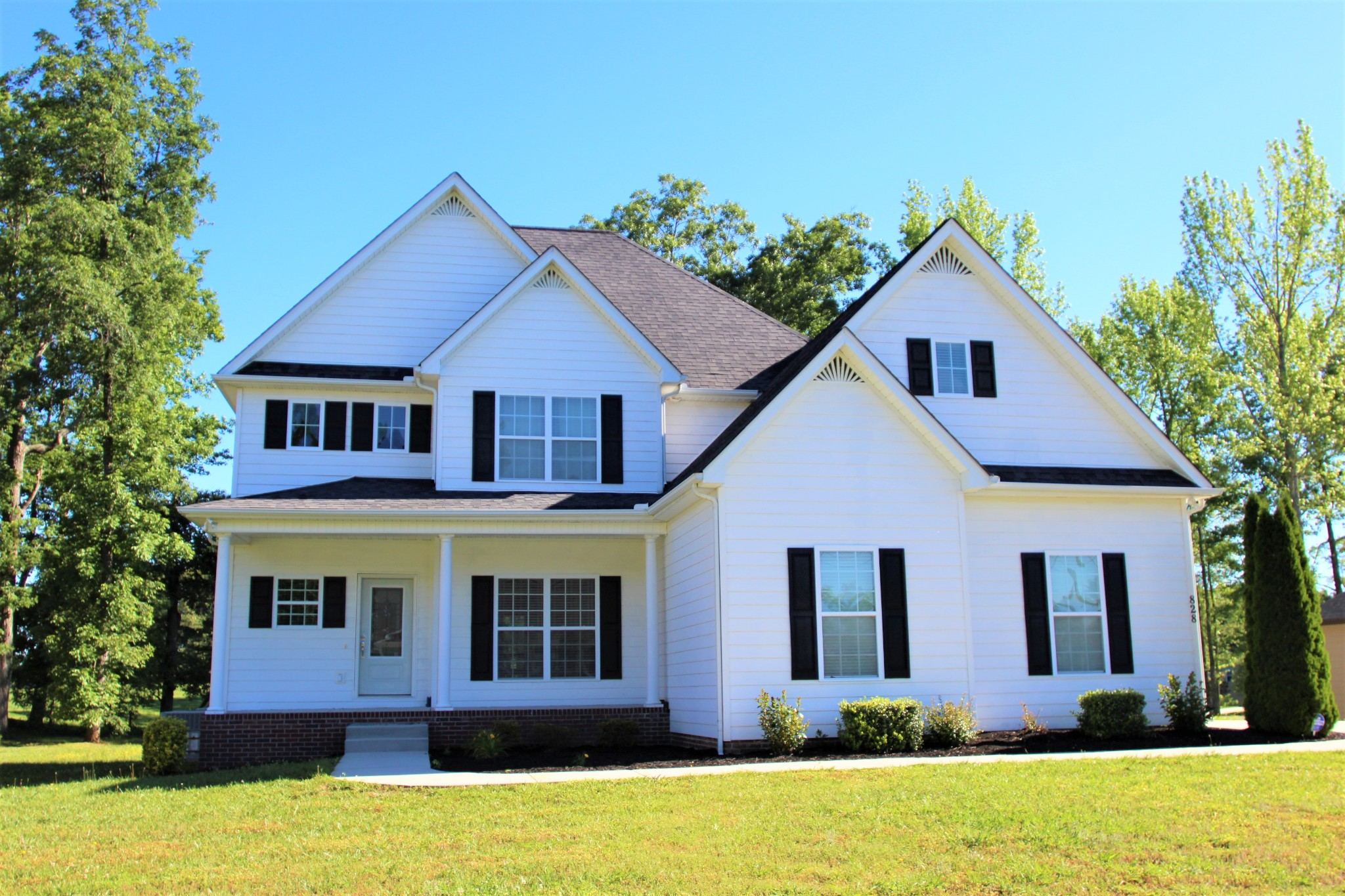 828 Holland Dr Property Photo - Cookeville, TN real estate listing