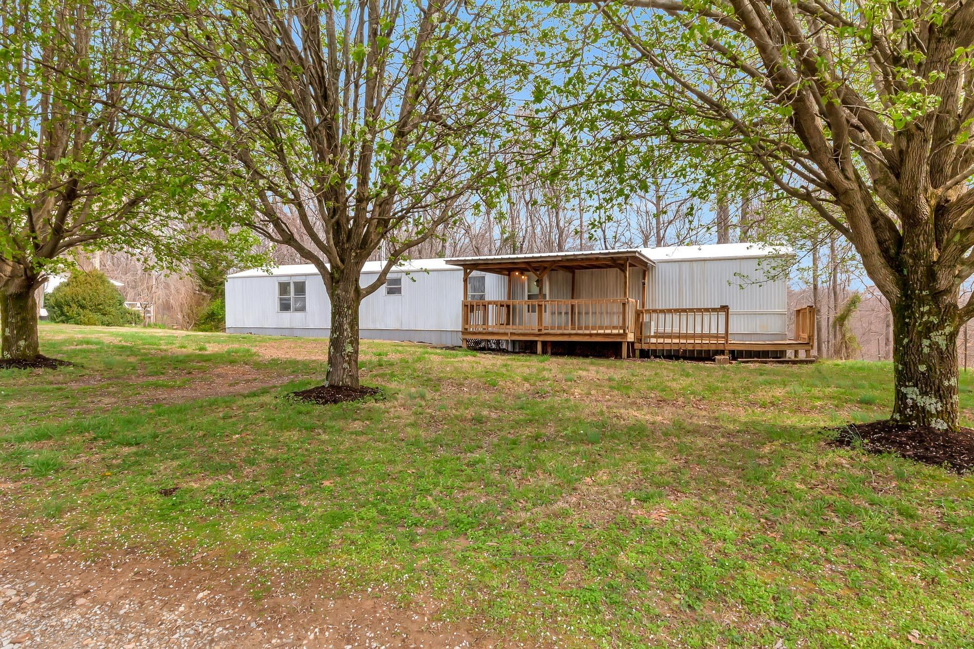 525 Countrywood Ln, Gainesboro, TN 38562 - Gainesboro, TN real estate listing