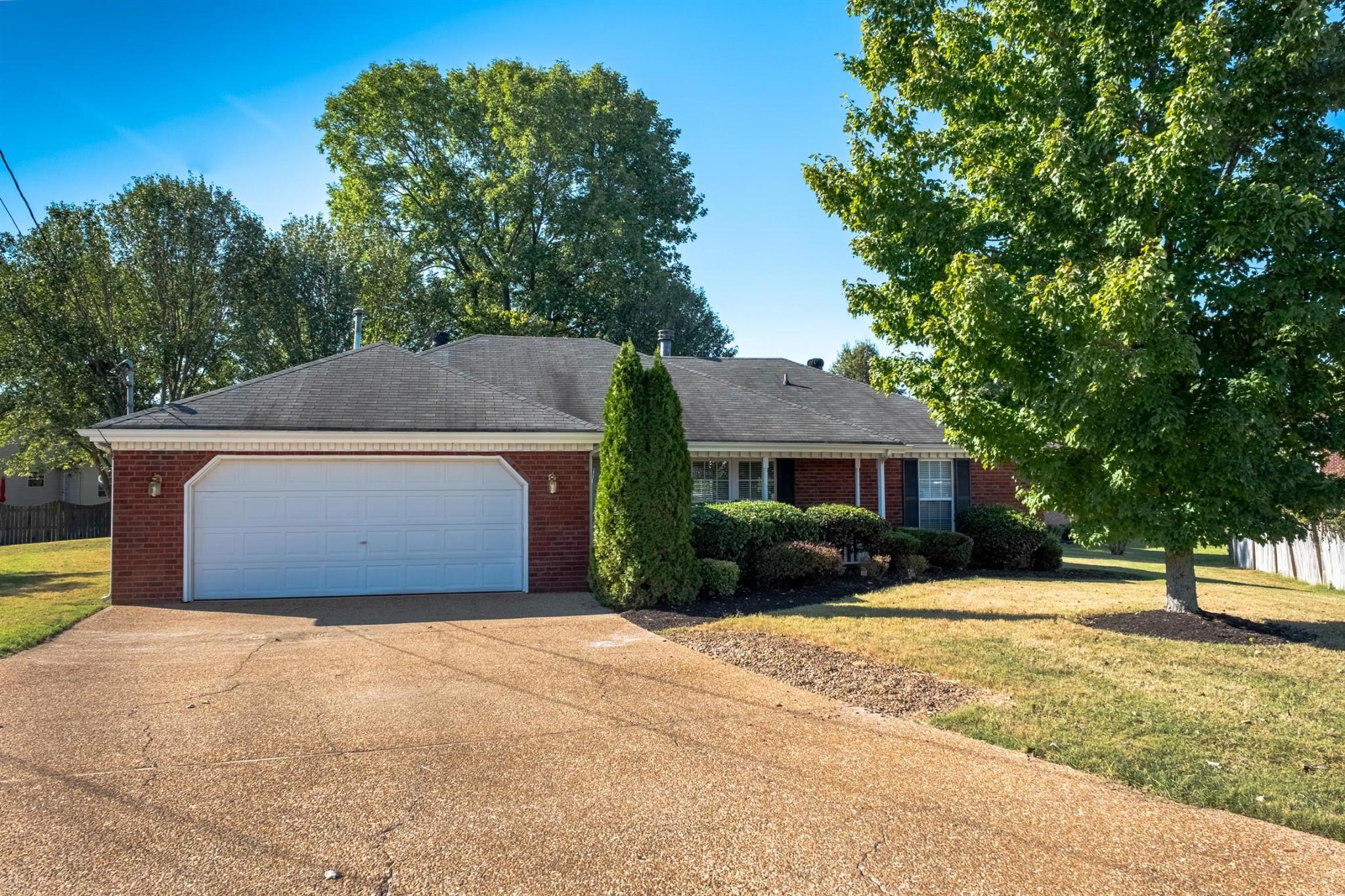 103 Don Ct Property Photo 1