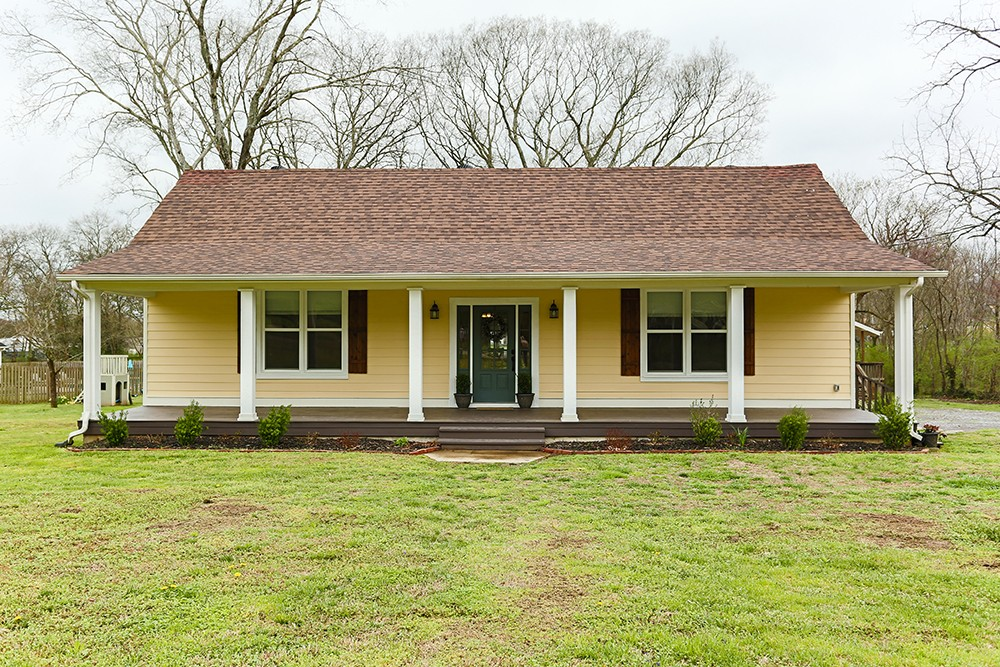 207 Liberty Pike, Bell Buckle, TN 37020 - Bell Buckle, TN real estate listing