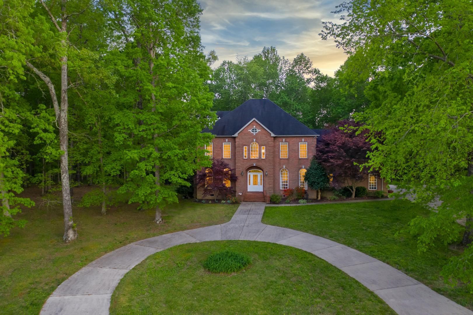 1015 Alameda Dr, Portland, TN 37148 - Portland, TN real estate listing