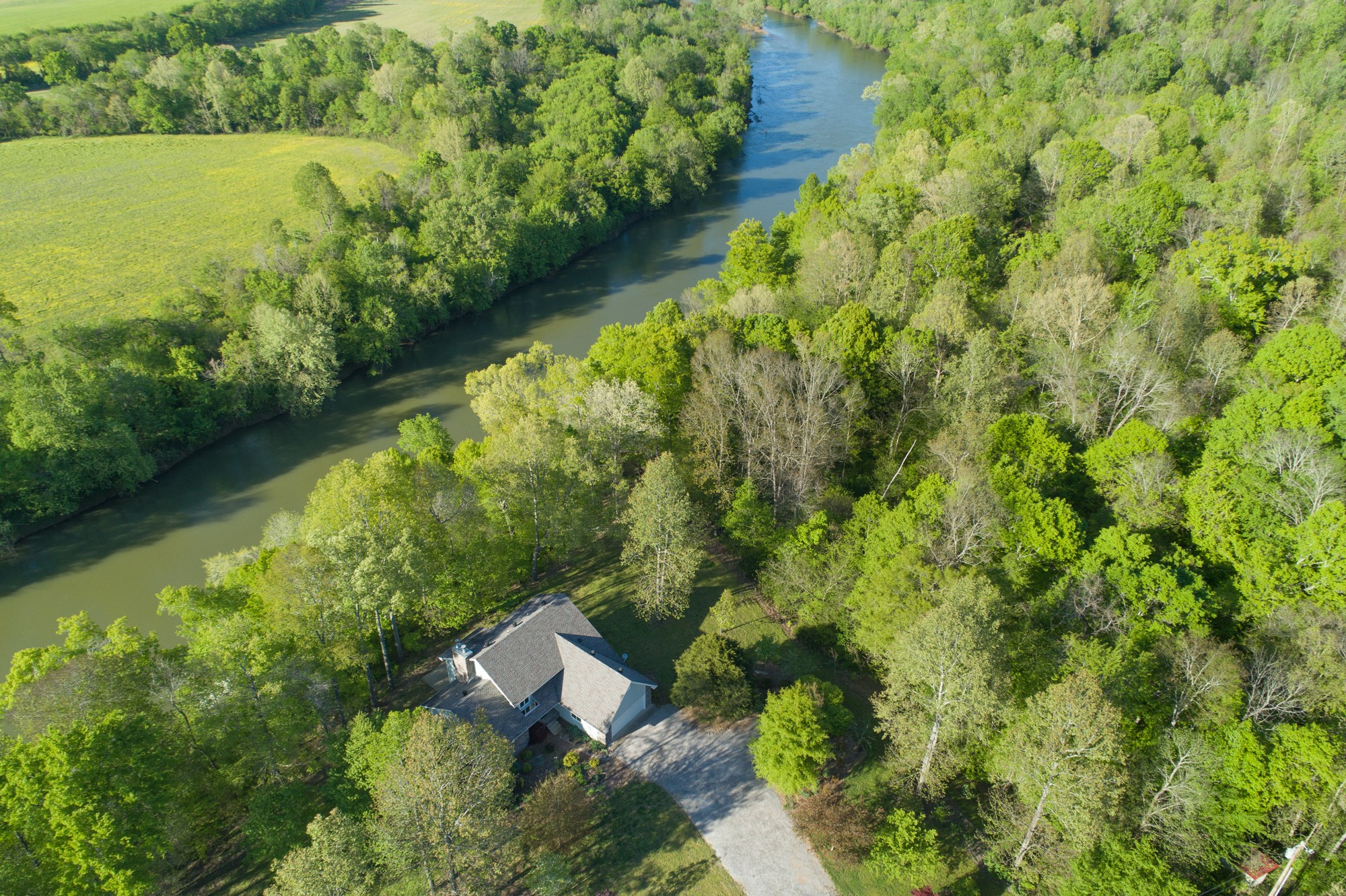 4069 Maxwell Dr Property Photo - Centerville, TN real estate listing