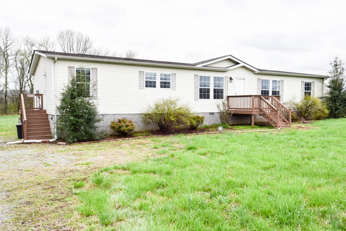 680 Chipman Rd Property Photo - Bethpage, TN real estate listing