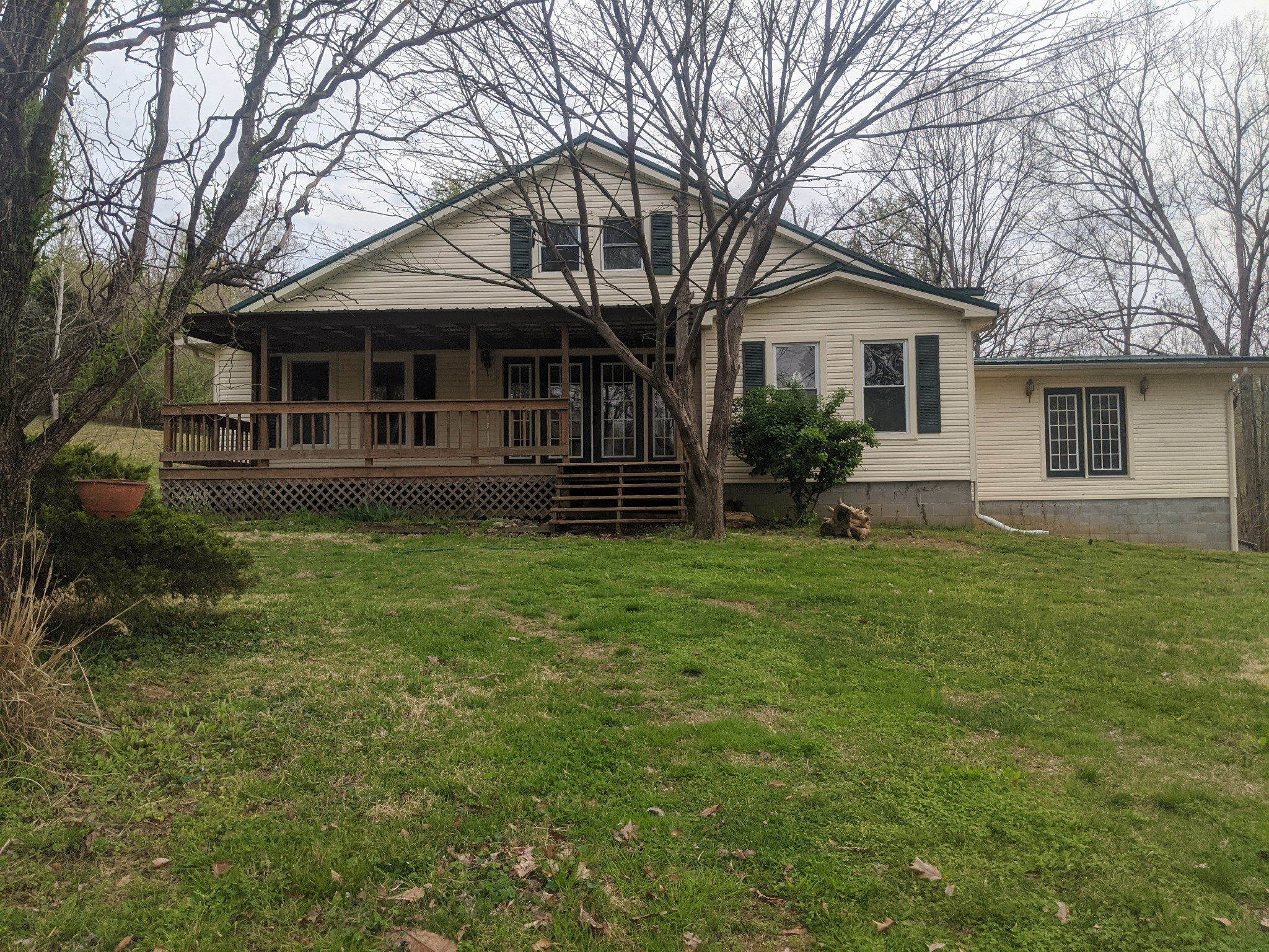 4446 Spring Valley Rd, Erin, TN 37061 - Erin, TN real estate listing