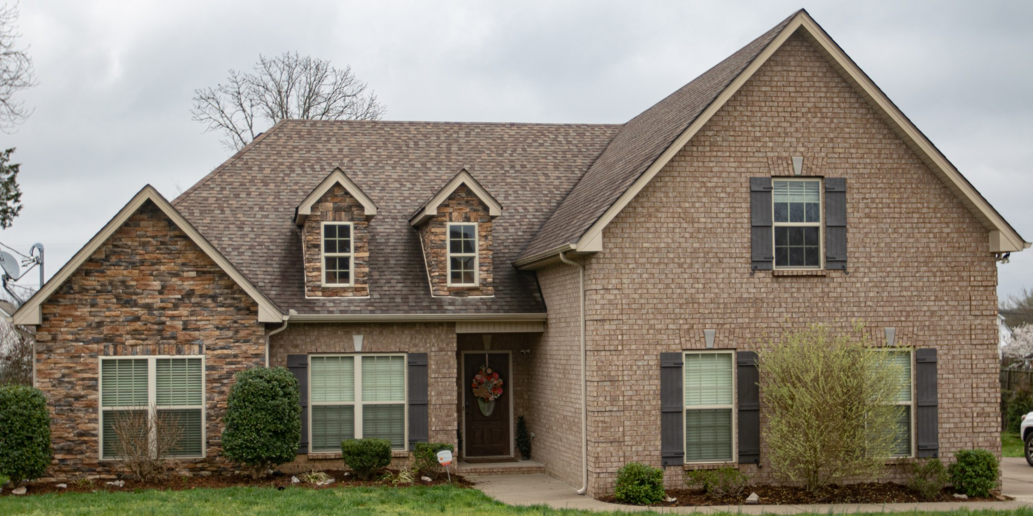 1124 Rivercrest Dr Property Photo - Murfreesboro, TN real estate listing