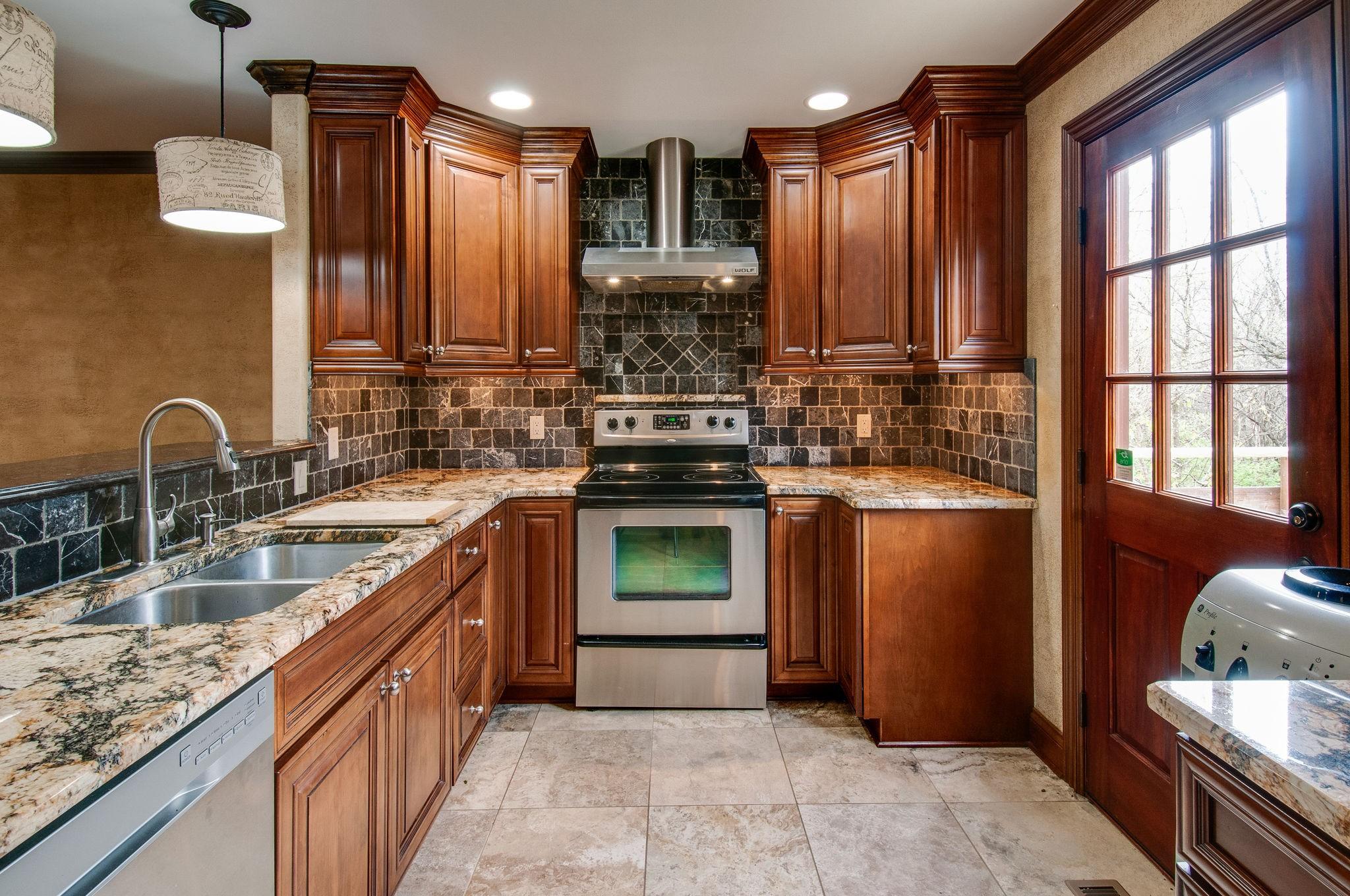 7762 Sawyer Brown Rd, Nashville, TN 37221 - Nashville, TN real estate listing