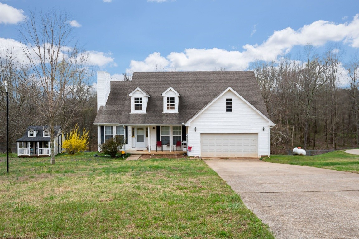 2743 Highway 12N Property Photo - Chapmansboro, TN real estate listing