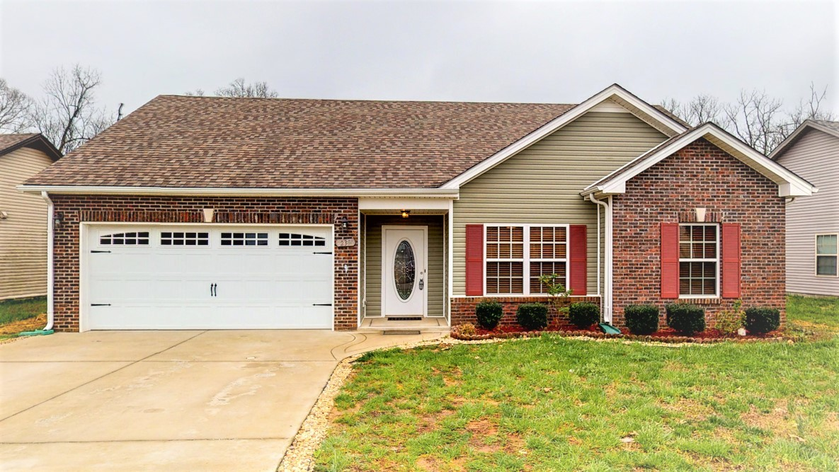 239 Azalea Dr, Oak Grove, KY 42262 - Oak Grove, KY real estate listing