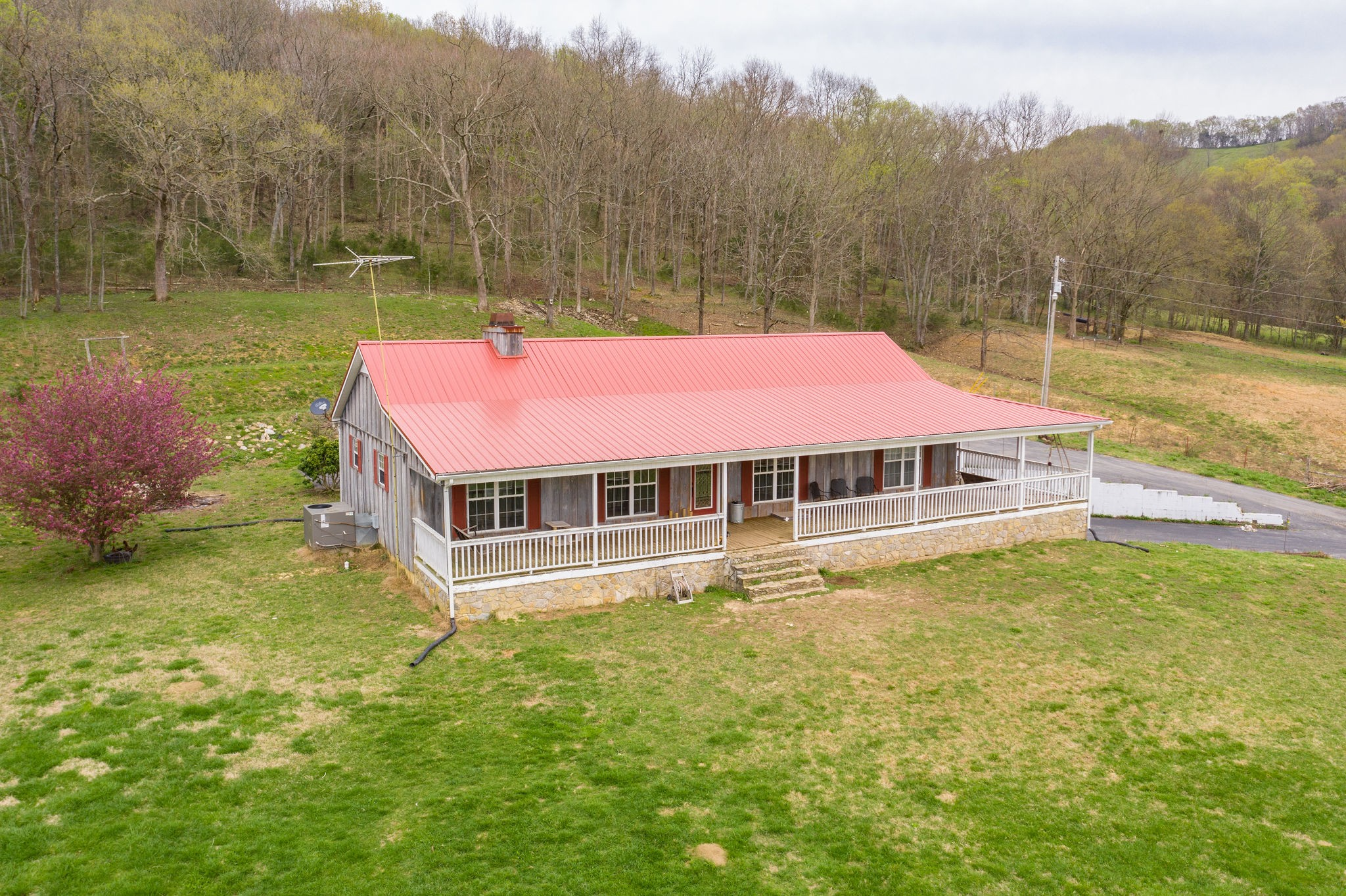 645 Rocky Hollow Lane, Woodbury, TN 37190 - Woodbury, TN real estate listing