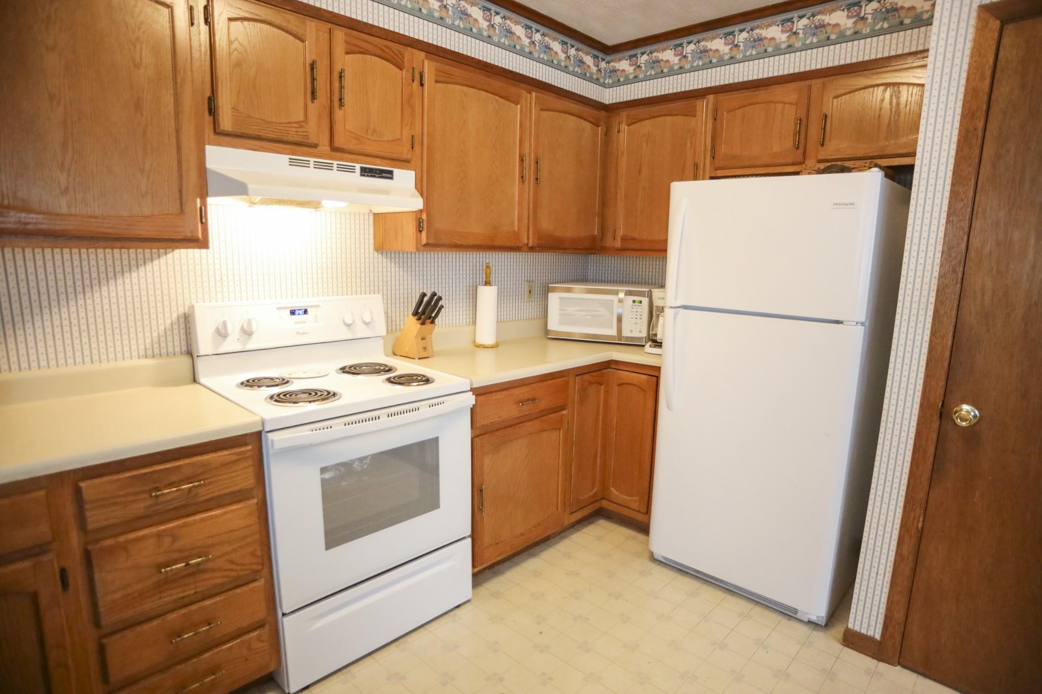 980 Deerwood Dr, Dandridge, TN 37725 - Dandridge, TN real estate listing