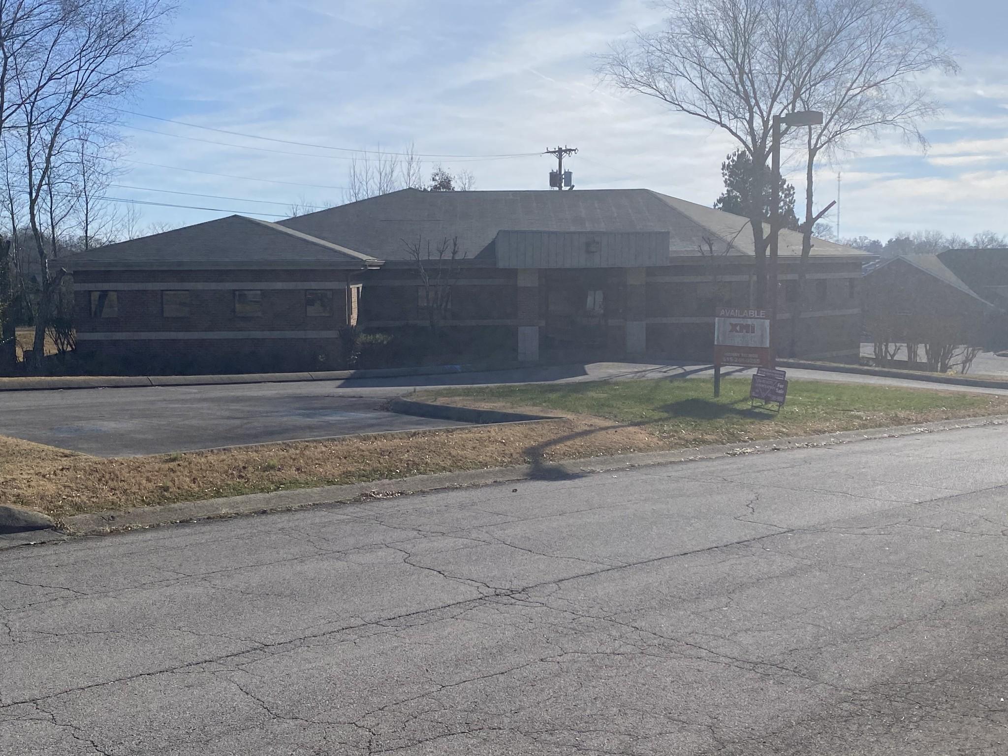 235 Med Park Dr Property Photo - Clarksville, TN real estate listing