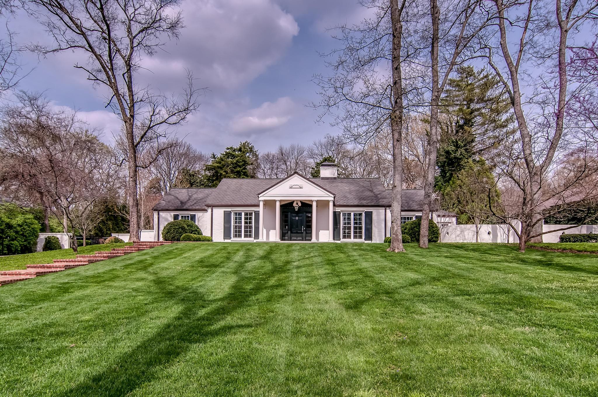 2904 Tyne Blvd, Nashville, TN 37215 - Nashville, TN real estate listing