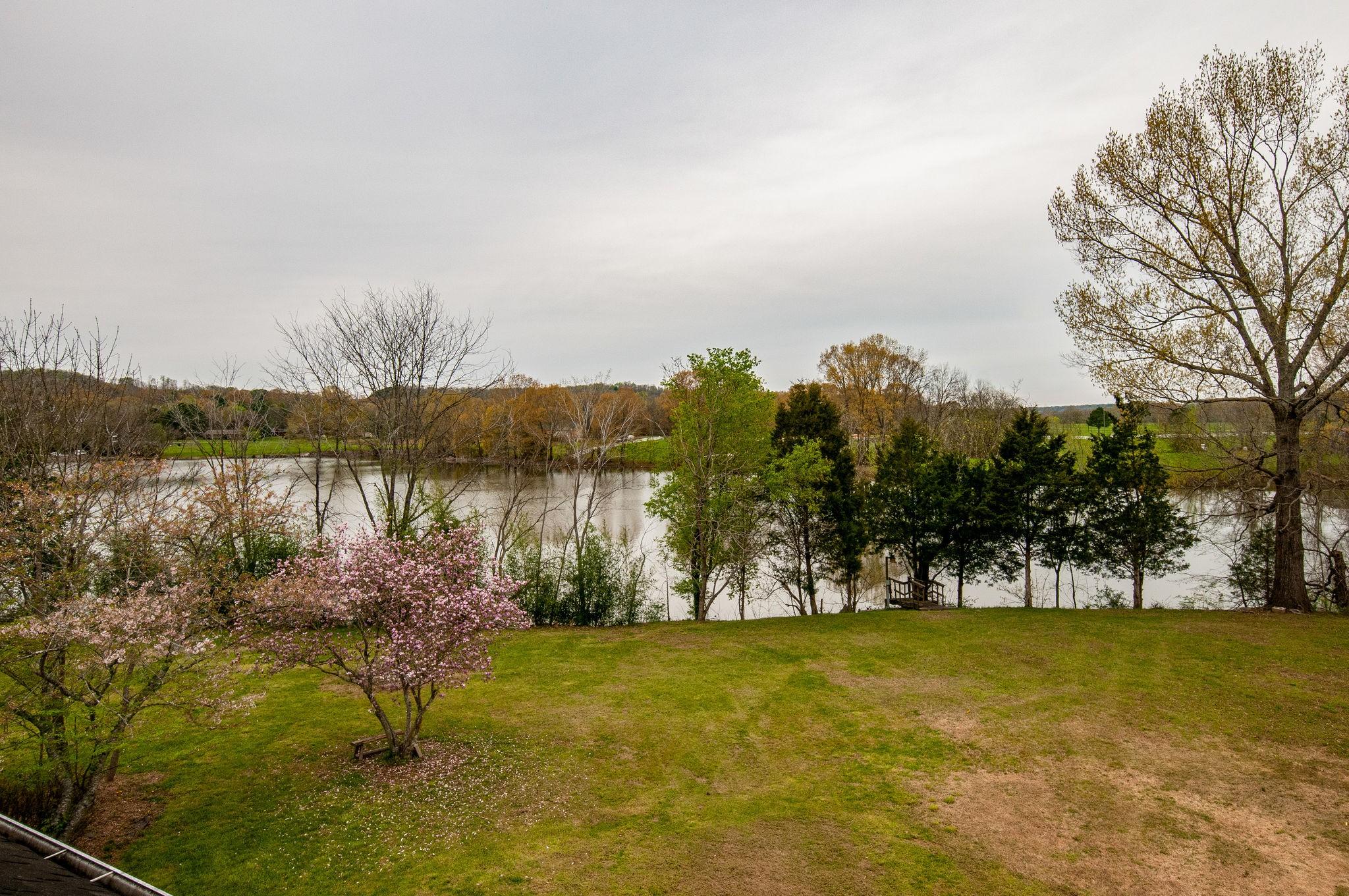 1014 Lakeview Cir, Ashland City, TN 37015 - Ashland City, TN real estate listing