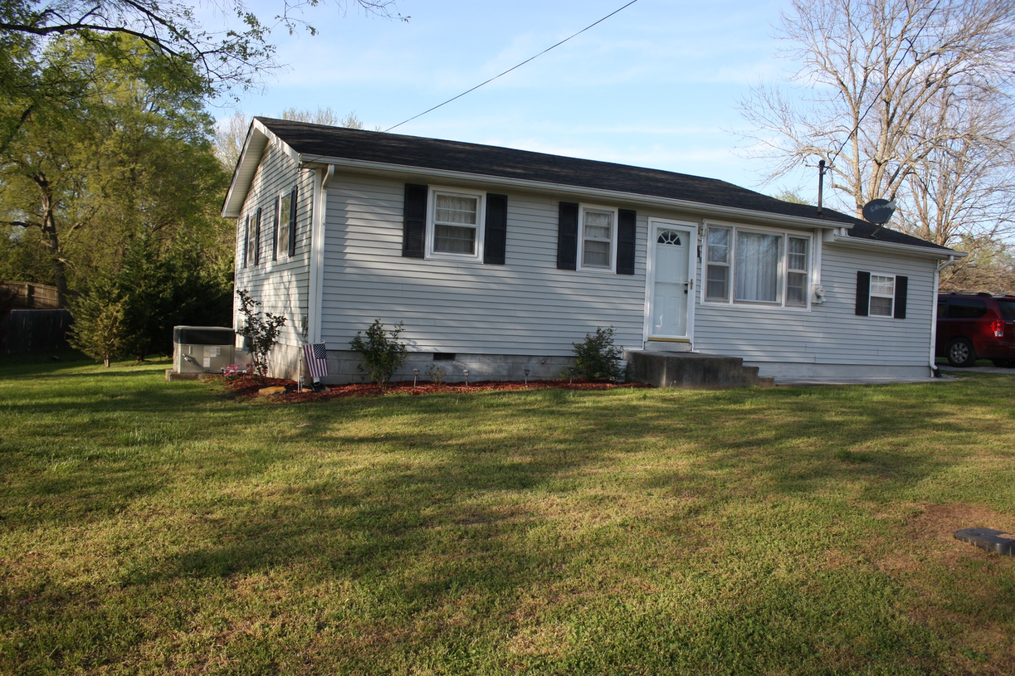 110 E Hill St Property Photo - Cornersville, TN real estate listing
