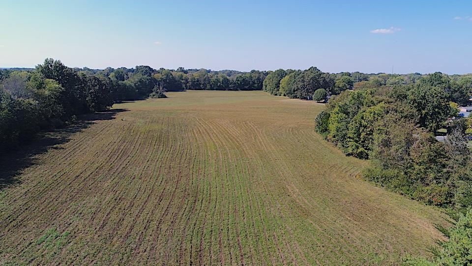 16 Blackpatch Dr Property Photo - Springfield, TN real estate listing
