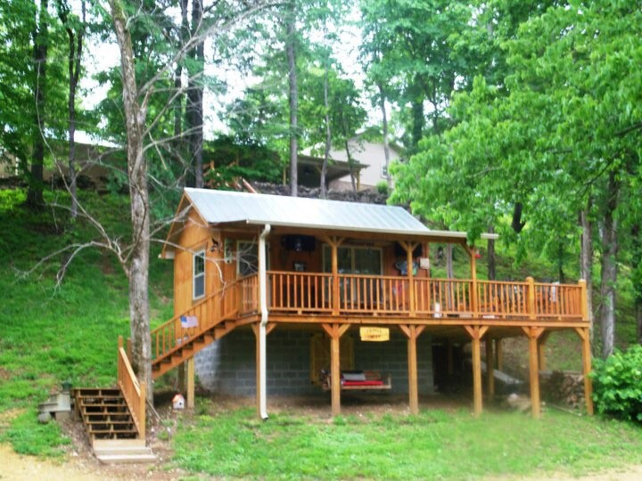5725 Wayland Springs Rd Property Photo - Iron City, TN real estate listing