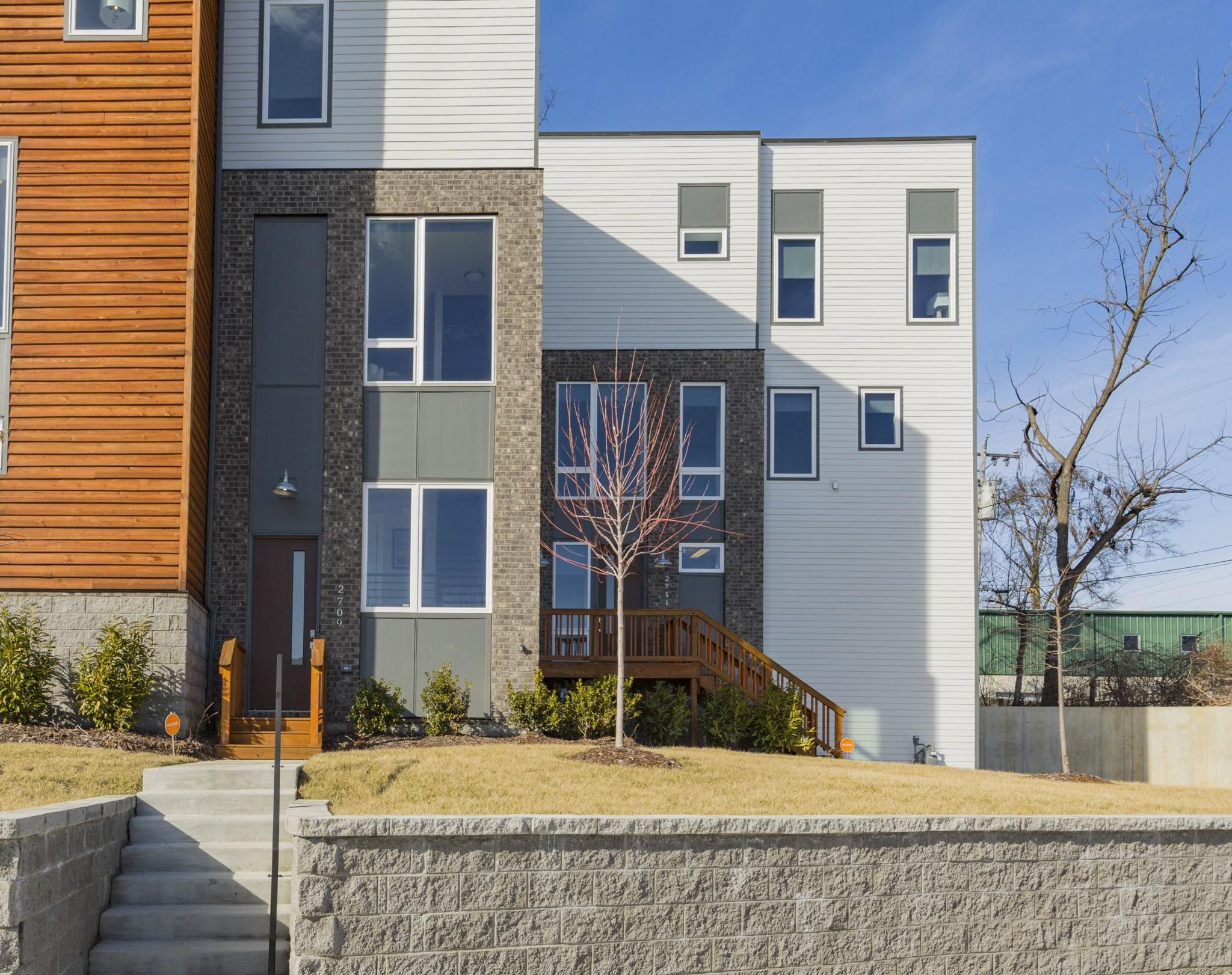 2711 Biloxi Ave Property Photo - Nashville, TN real estate listing