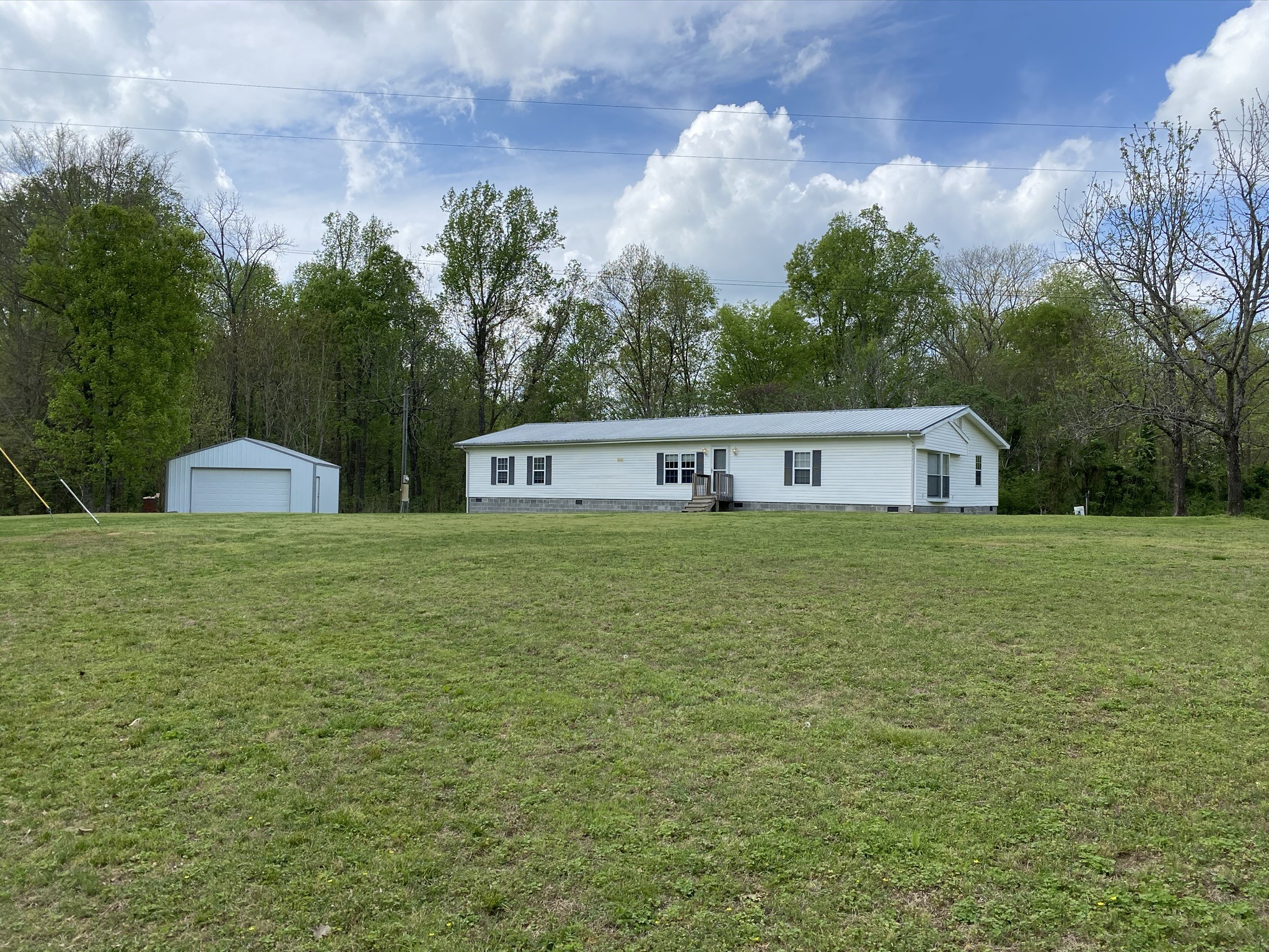 1340 Thorneberry Rd Property Photo - Normandy, TN real estate listing