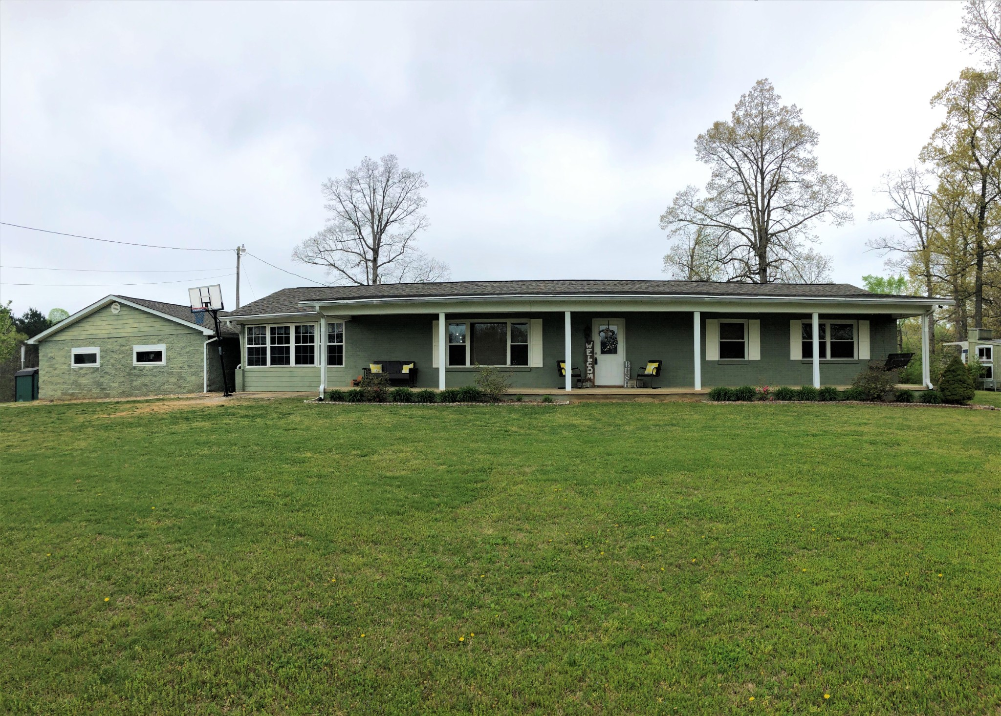 1680 Old Gainesboro Rd Property Photo - Baxter, TN real estate listing