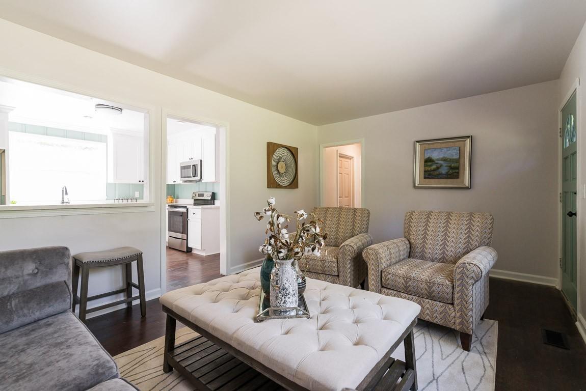 Abbay Hall Real Estate Listings Main Image